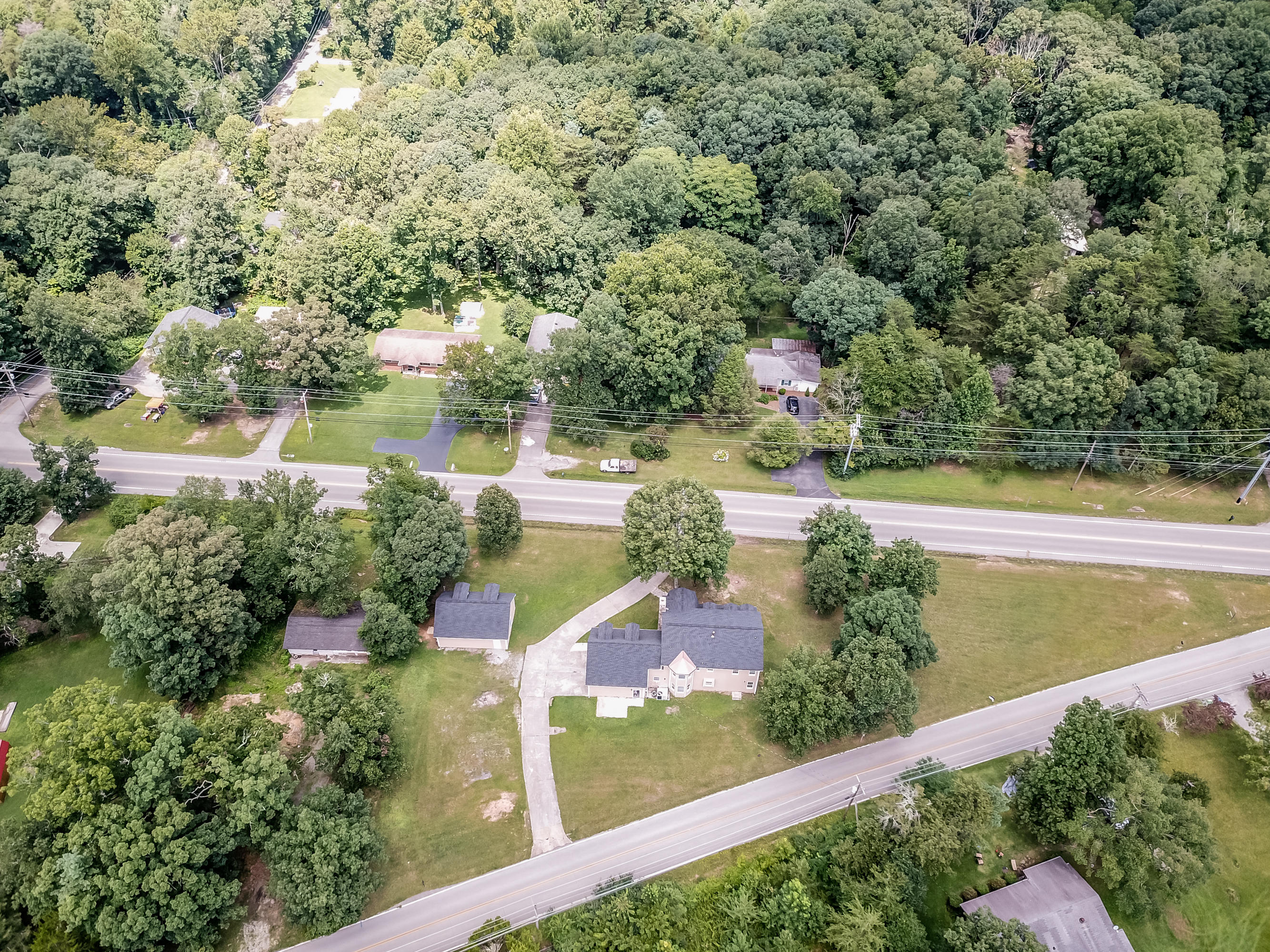 3511 Taft Hwy, Signal Mountain, TN 37377