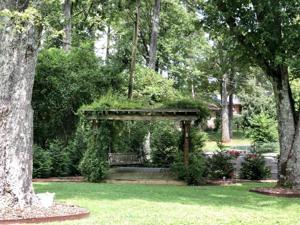 7305 Elaine Cir, Chattanooga, TN 37421