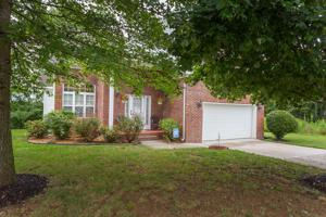 3120 Ne Pin Oaks Cir, Cleveland, TN 37323