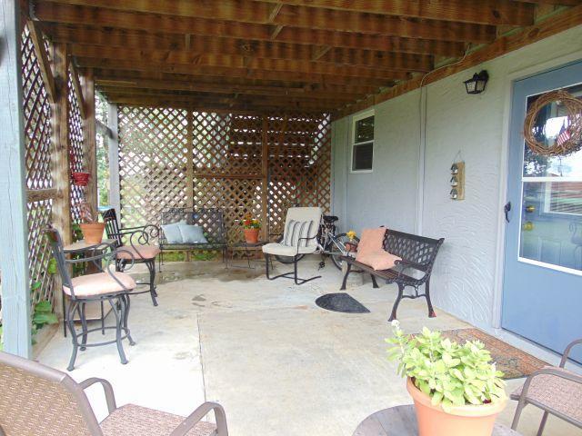 262 S Cedar Ln, Fort Oglethorpe, GA 30742