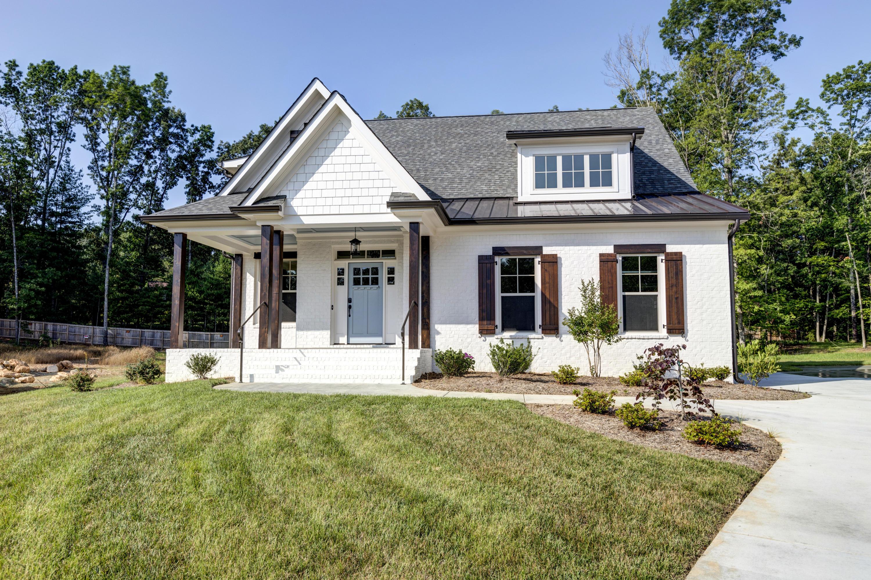 8204 Briarfield Ln, Chattanooga, TN 37421