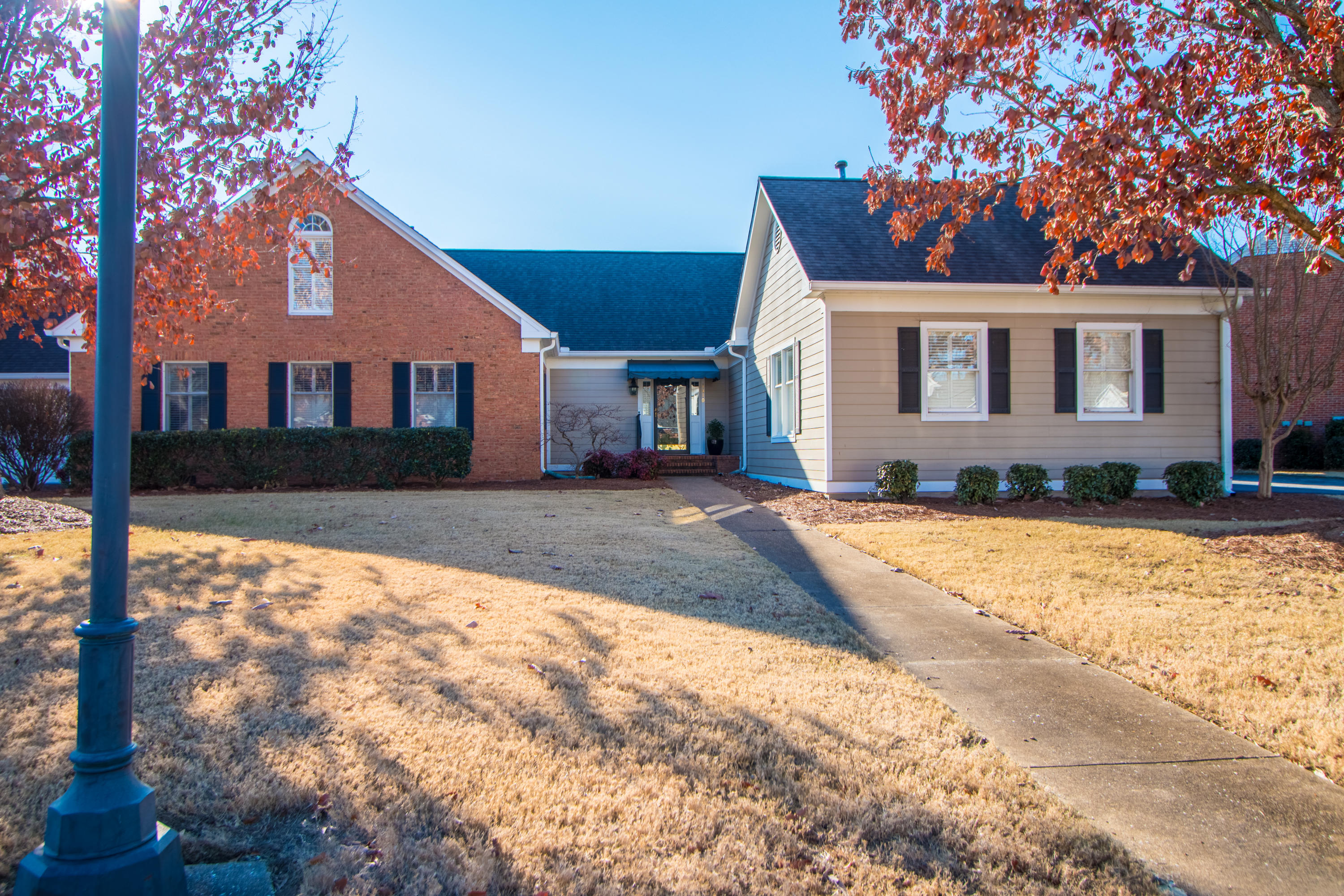1410 Heritage Landing Dr, Chattanooga, TN 37405
