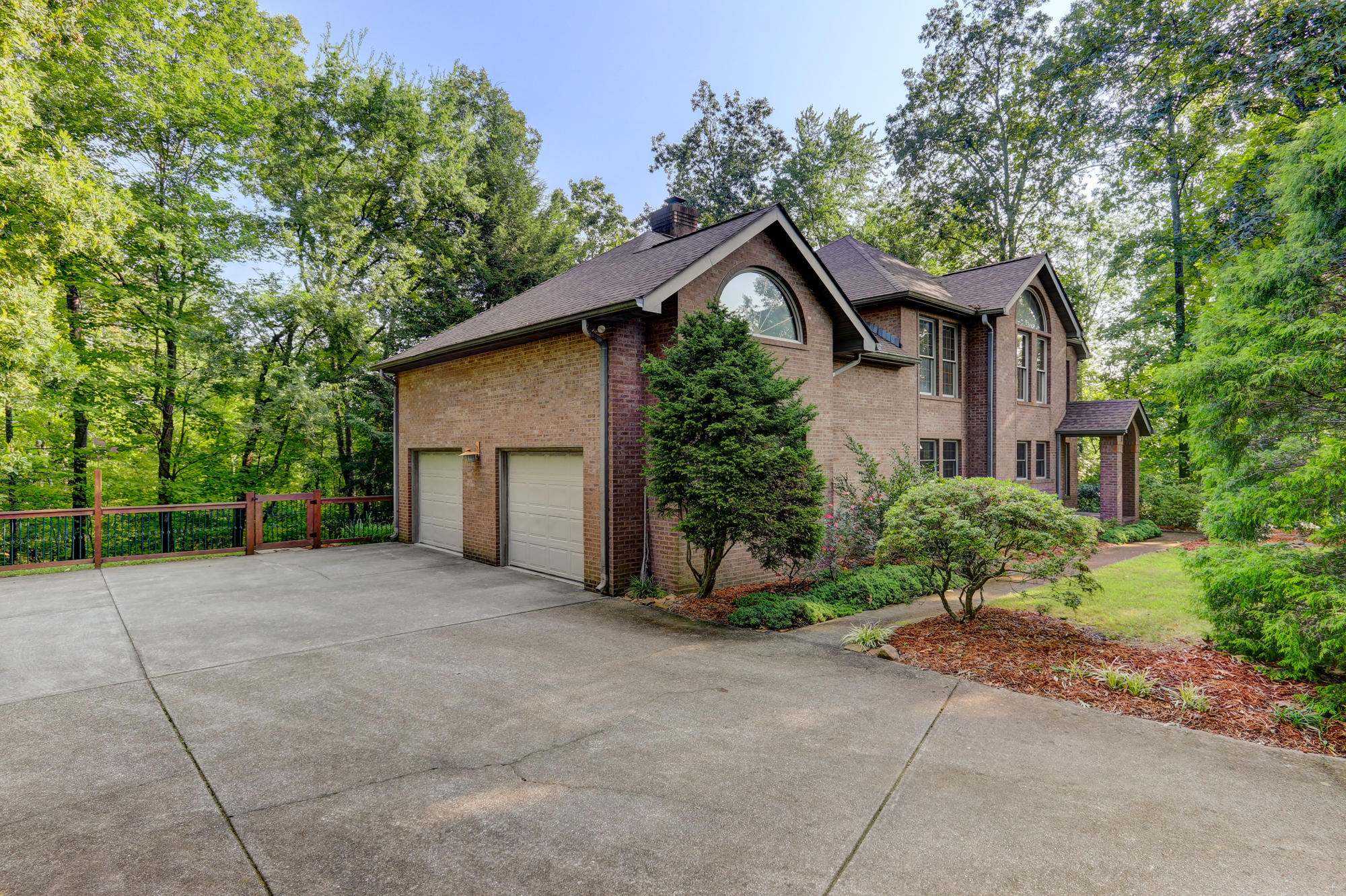 161 Youngs Creek Way, Kingston, TN 37763