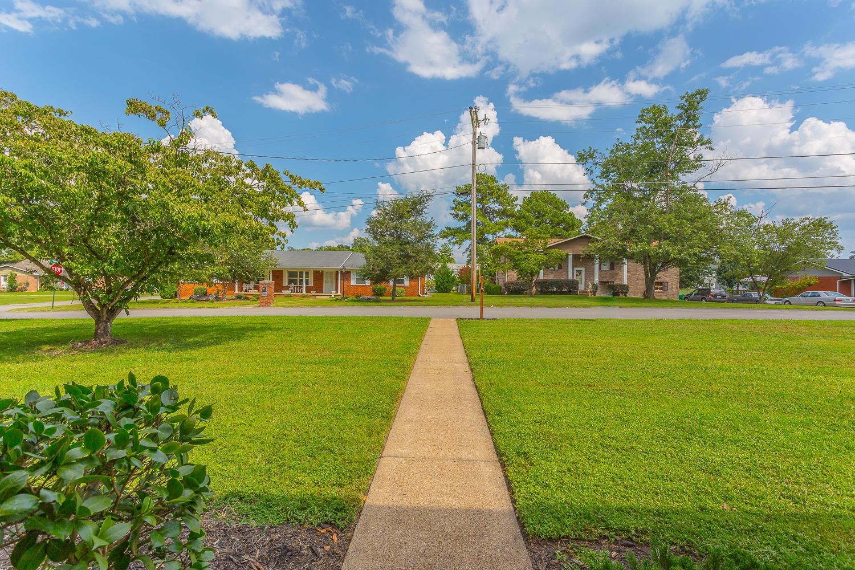 93 Edgewood Cir, Fort Oglethorpe, GA 30742