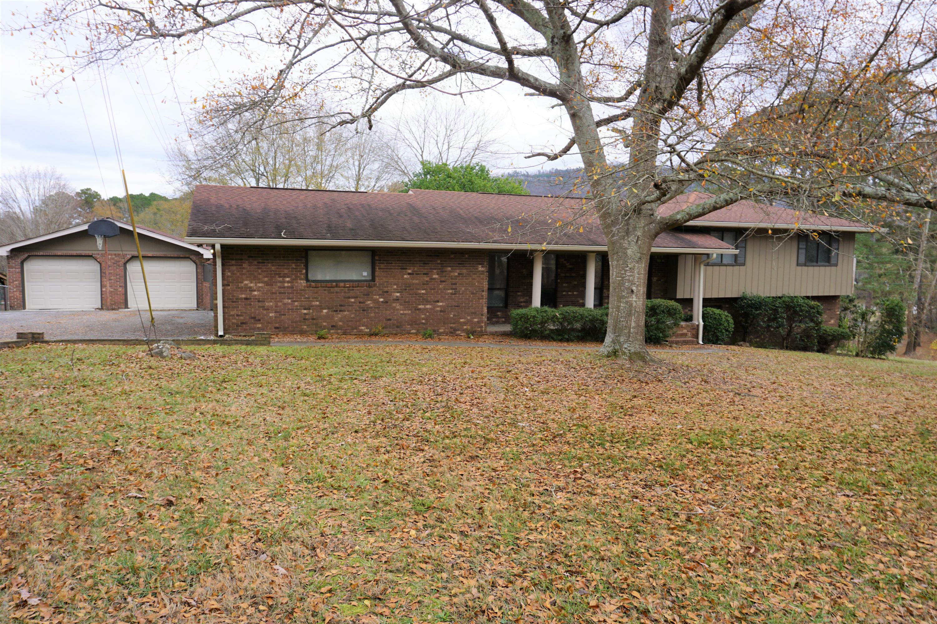 505 Sam Love Rd, Rocky Face, GA 30740