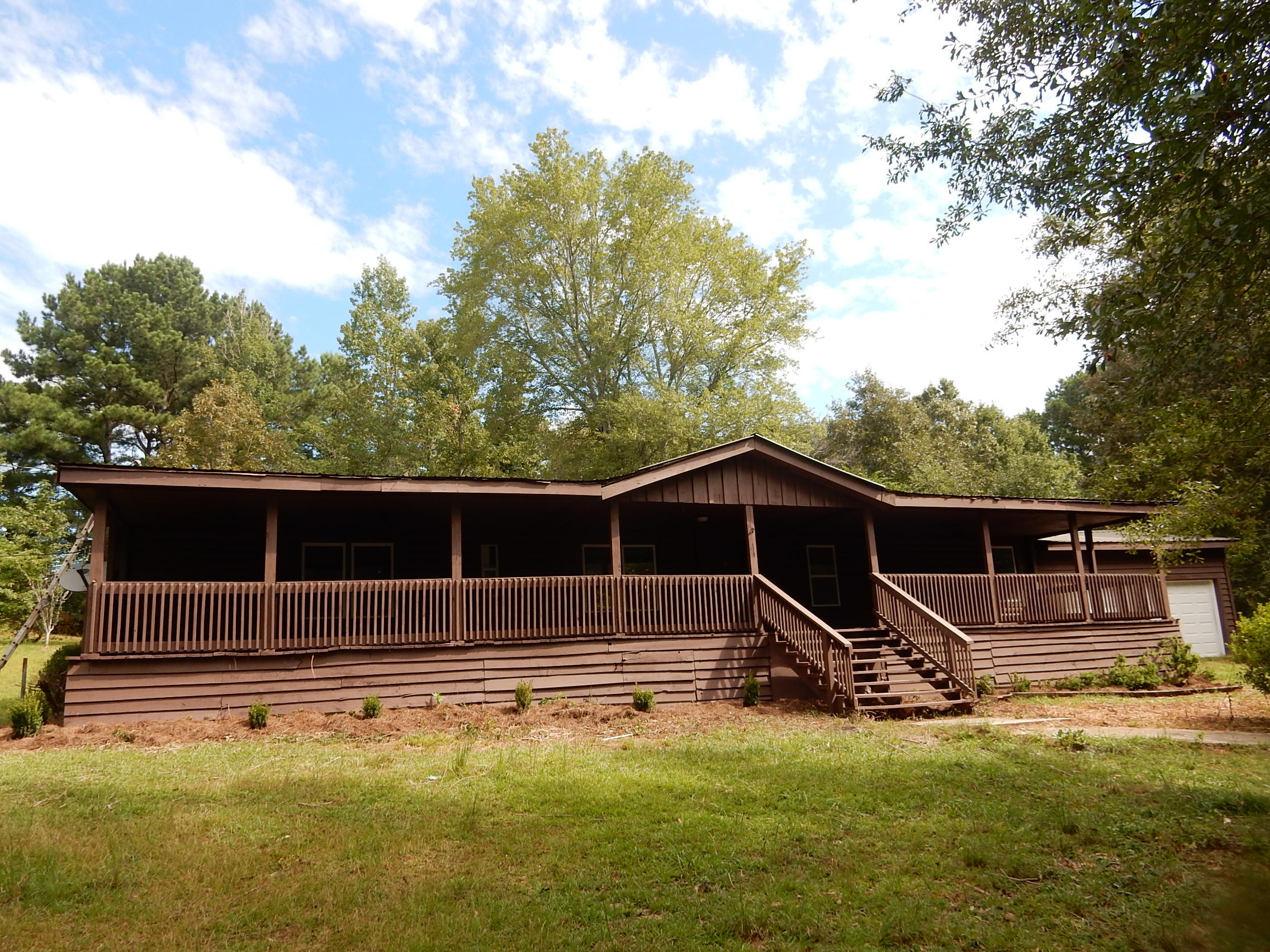 1616 Boss Rd, Chickamauga, GA 30707