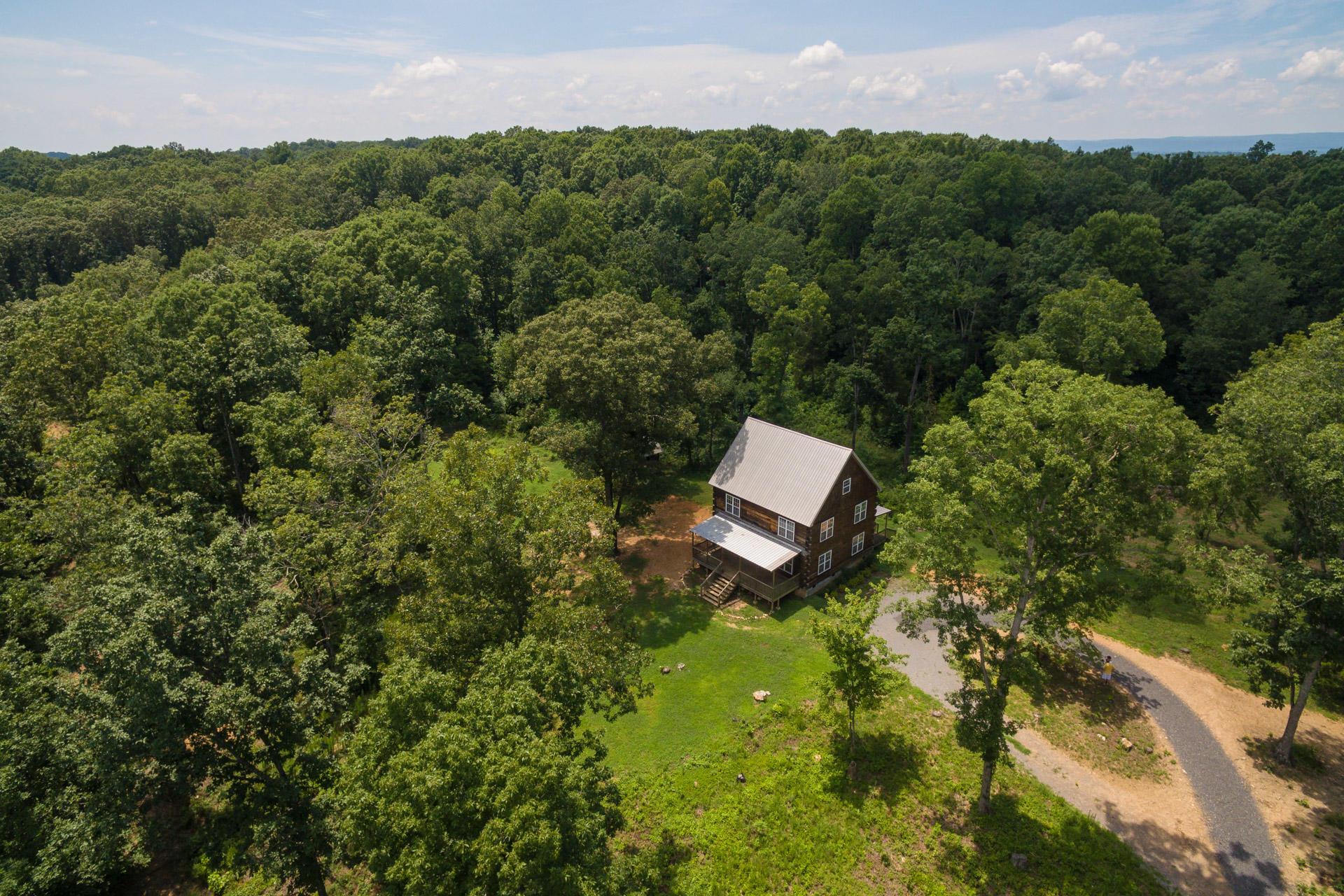 6310 Farm Ln, Birchwood, TN 37308
