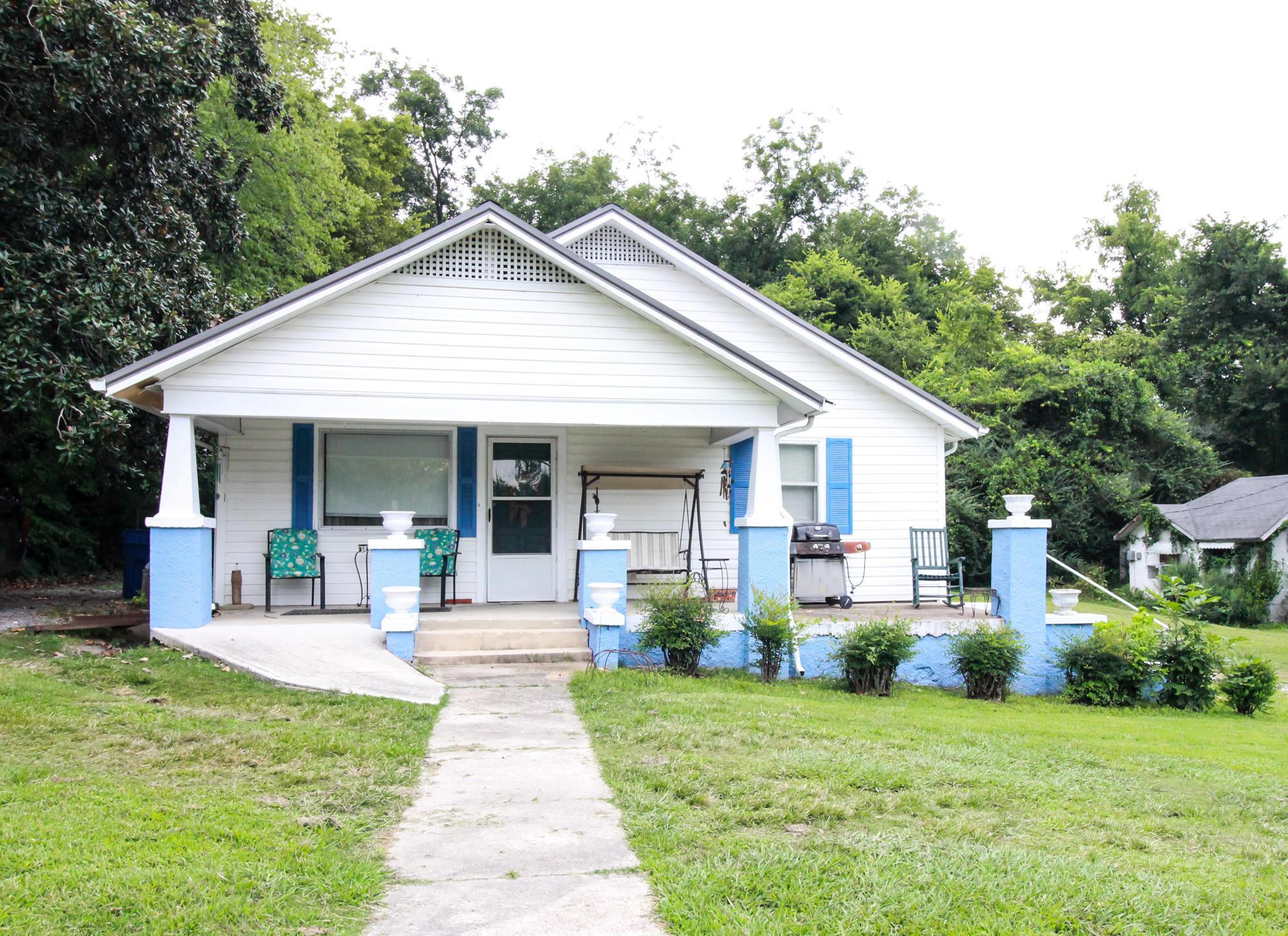 111 Chambers St, Rossville, GA 30741