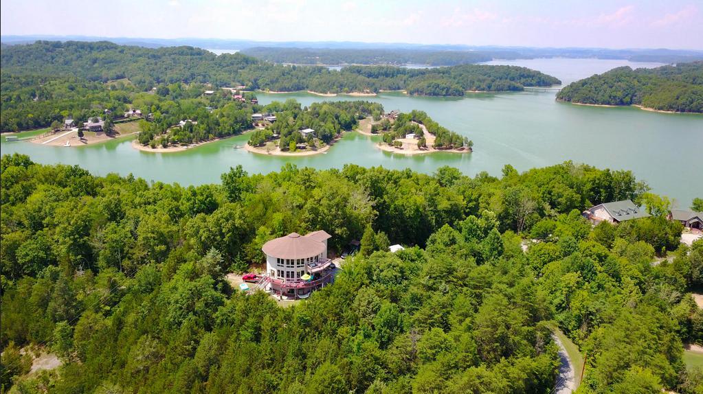 369 Mountain Lake Way, Dandridge, TN 37725