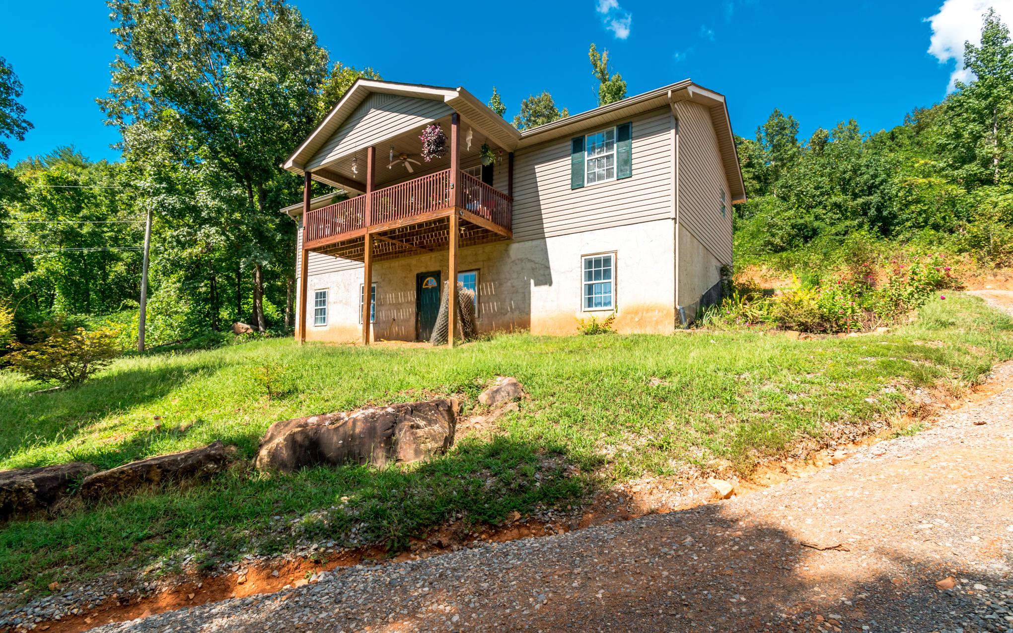 477 Hicks Hollow Rd, Guild, TN 37340