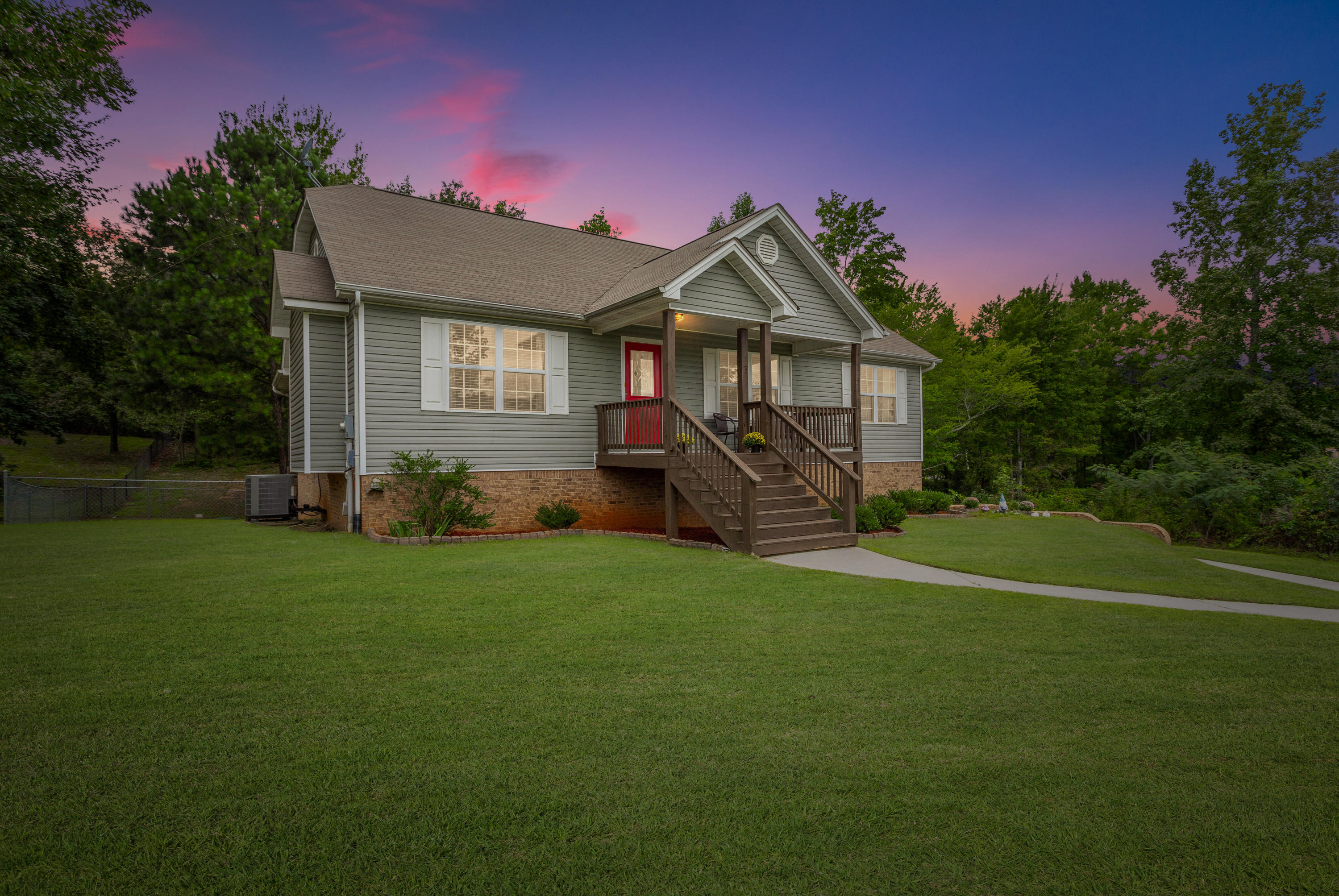 217 Home Place Ct, Cleveland, TN 37323