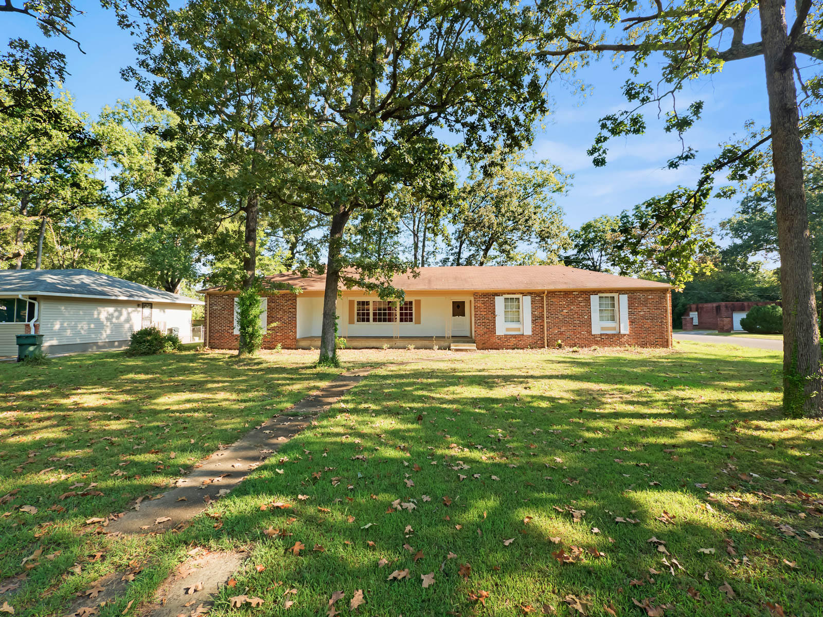 5533 Pinelawn Ave, Chattanooga, TN 37411