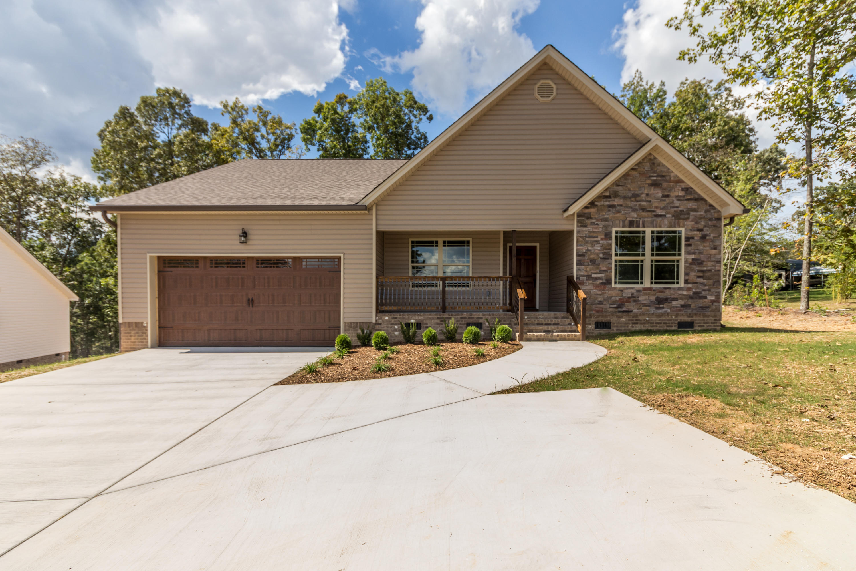 7488 Grasshopper Rd, Georgetown, TN 37336