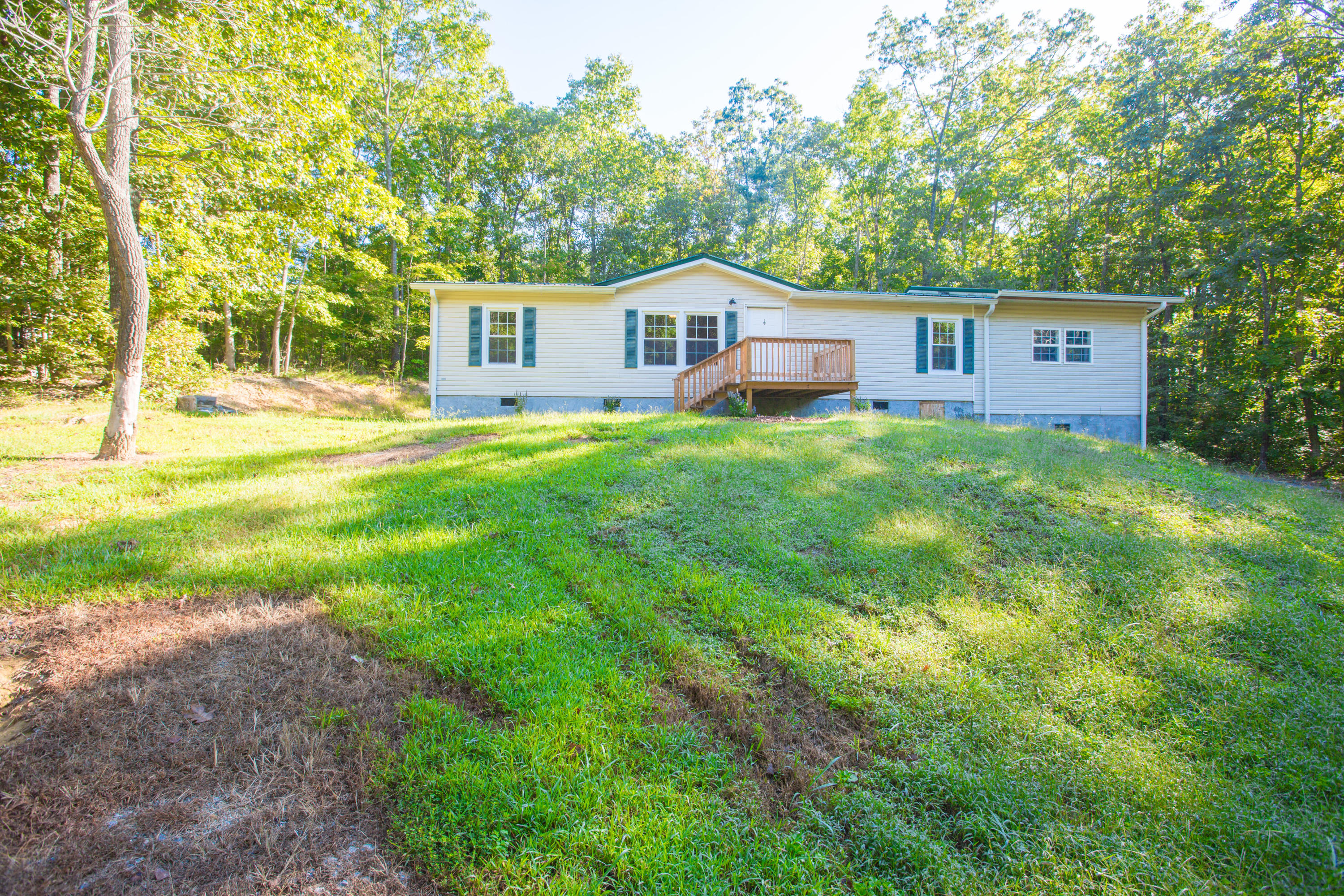 117 Varnell Rd, Lookout Mountain, GA 30750