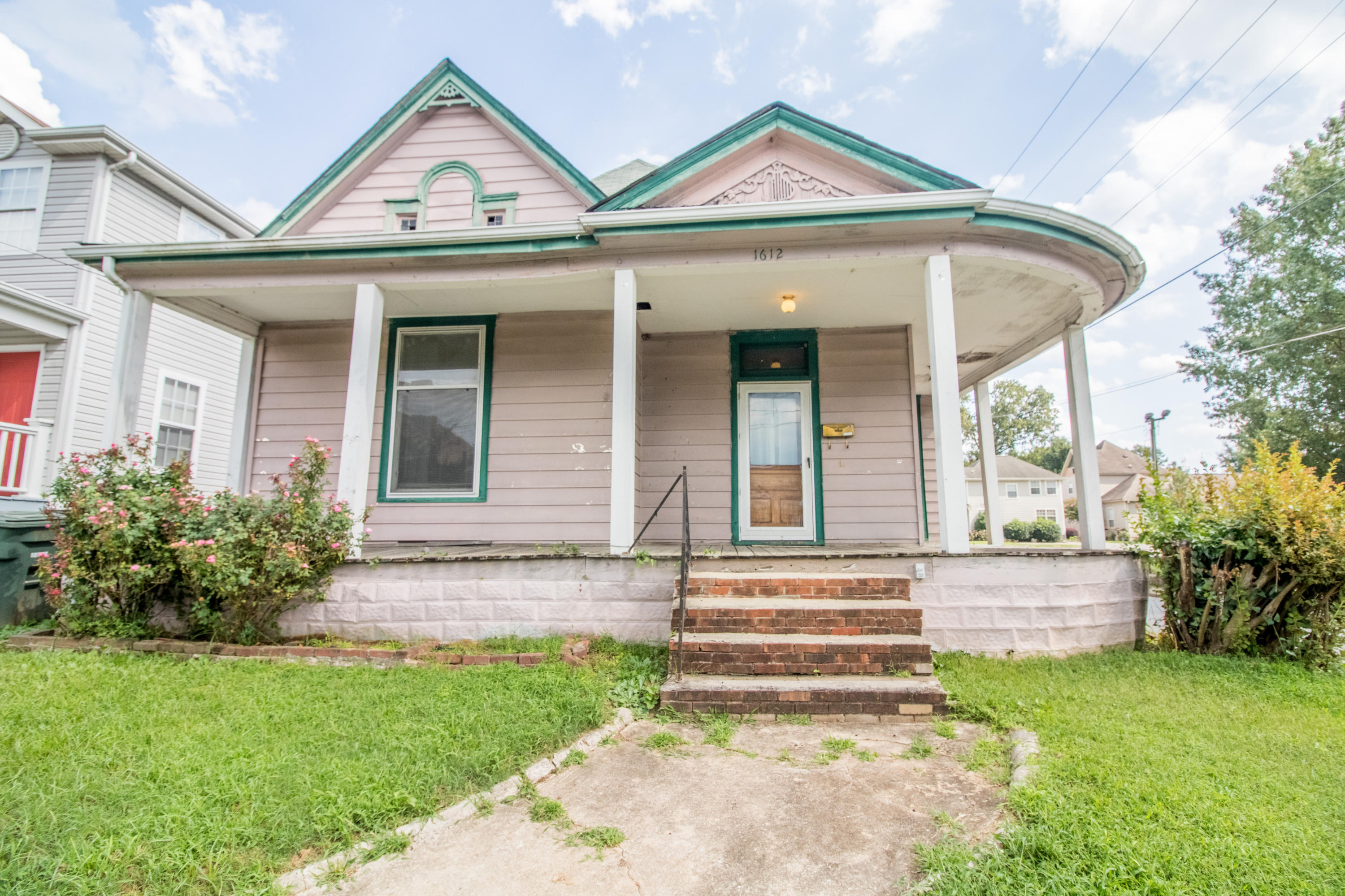 1612 Mitchell Ave, Chattanooga, TN 37408