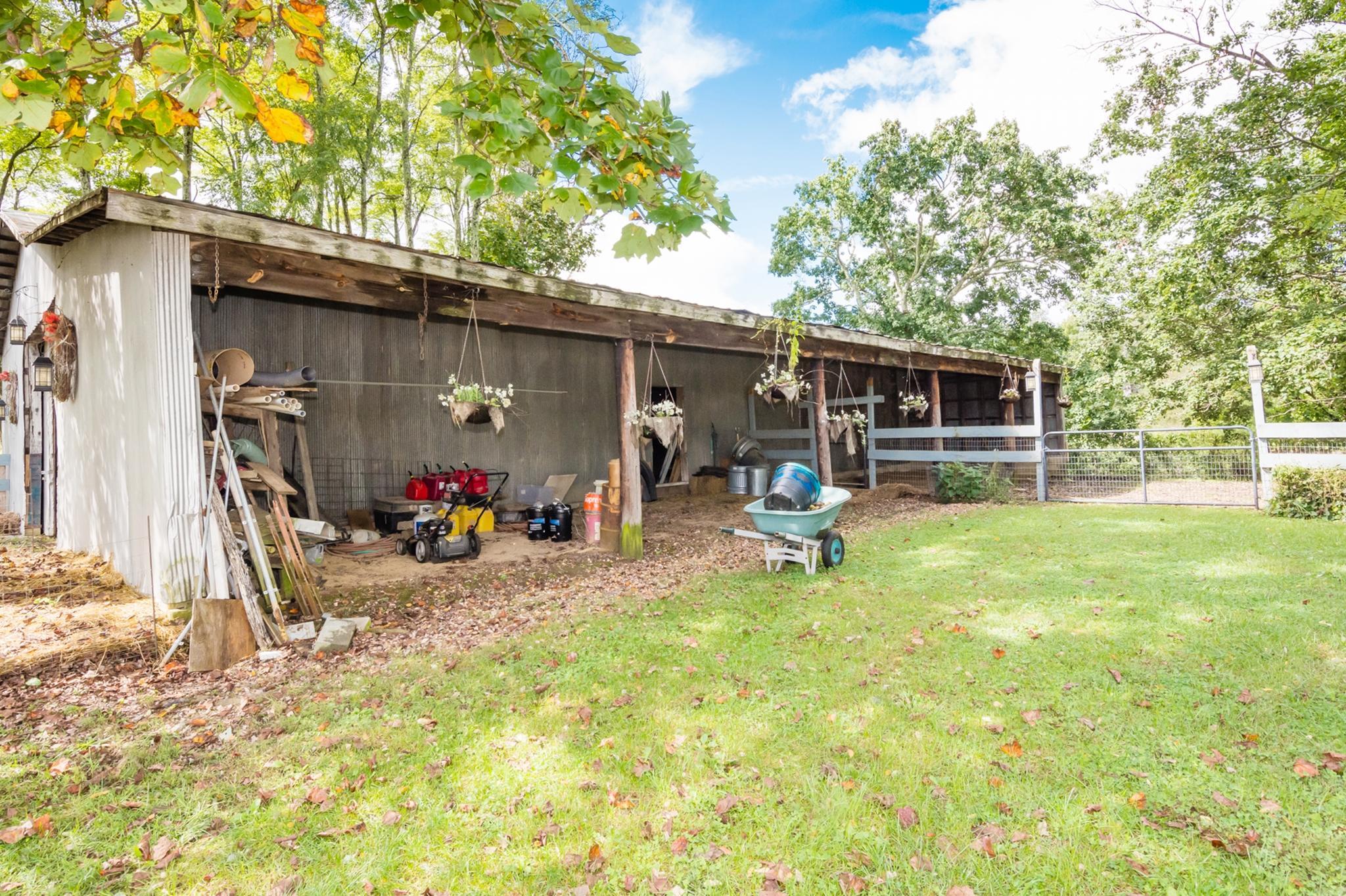 633 Cross Rd, Dunlap, TN 37327