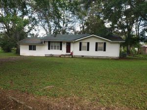 185 1st St, Whitwell, TN 37397