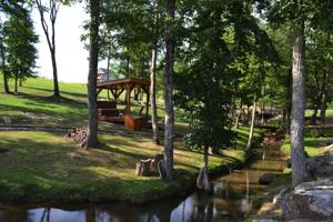 75-b Wilderness Dr, Jasper, TN 37347