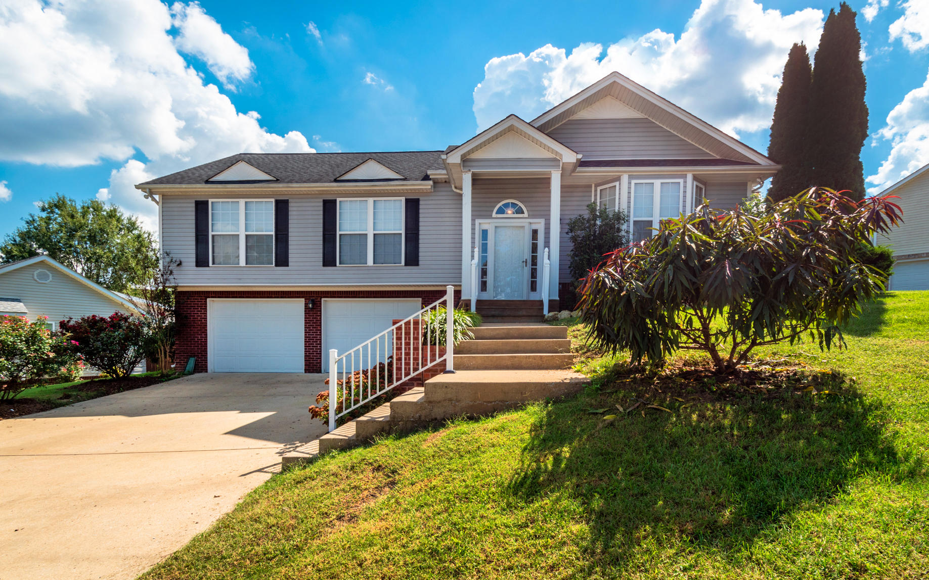 6144 Veronica Dr, Ooltewah, TN 37363