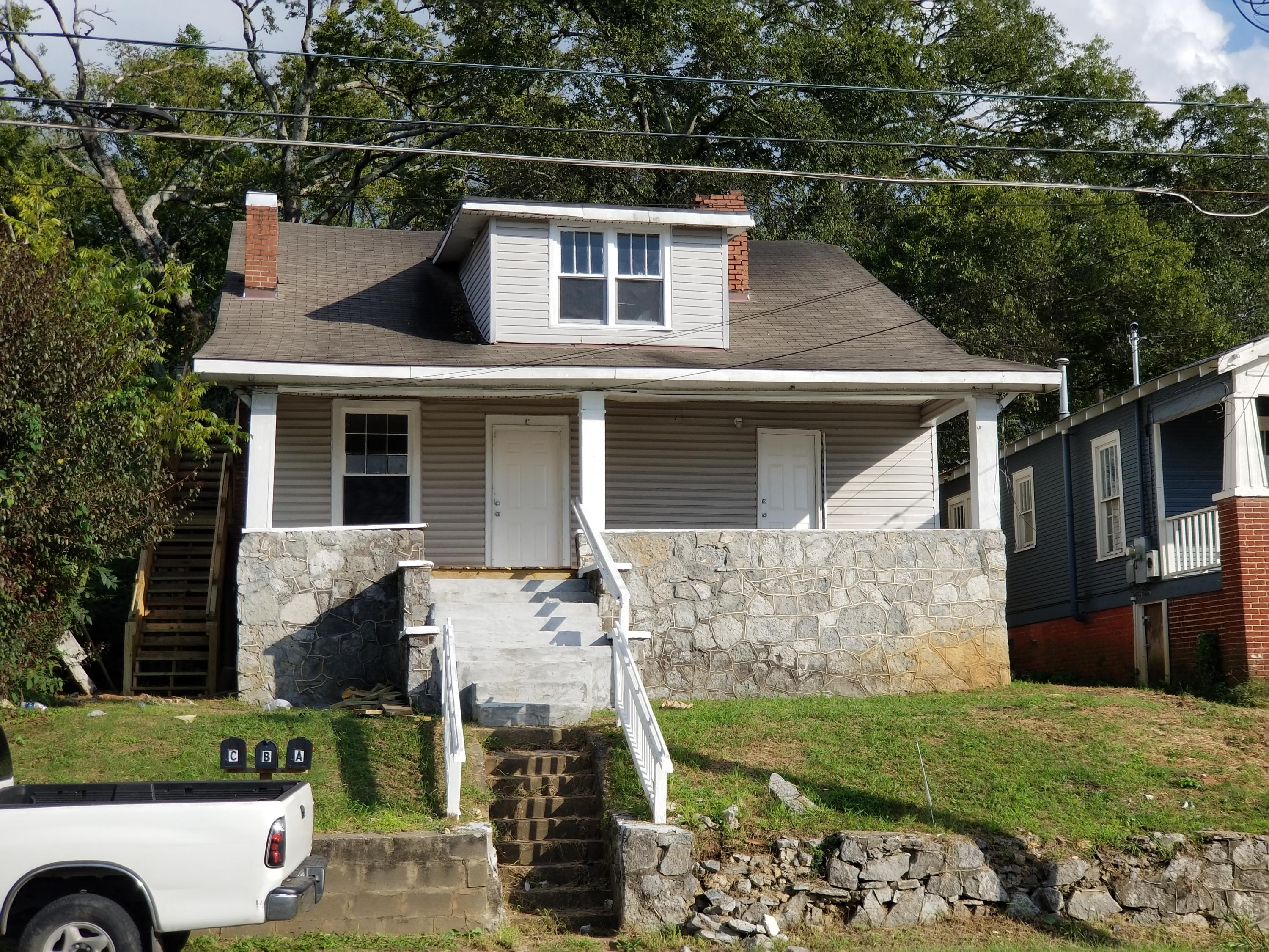 1816 Dodds Ave, Chattanooga, TN 37404