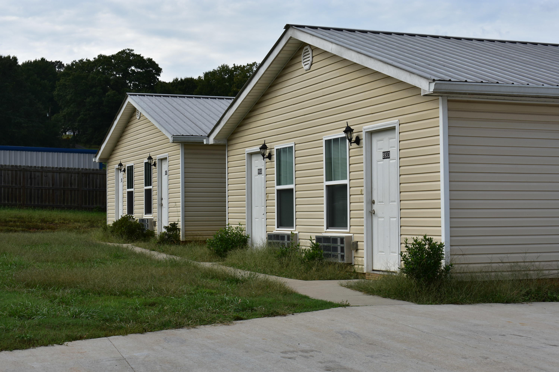 8951 Hiwassee St, Charleston, TN 37310