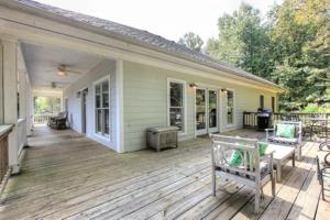 273 Middle Rd, Lookout Mountain, GA 30750