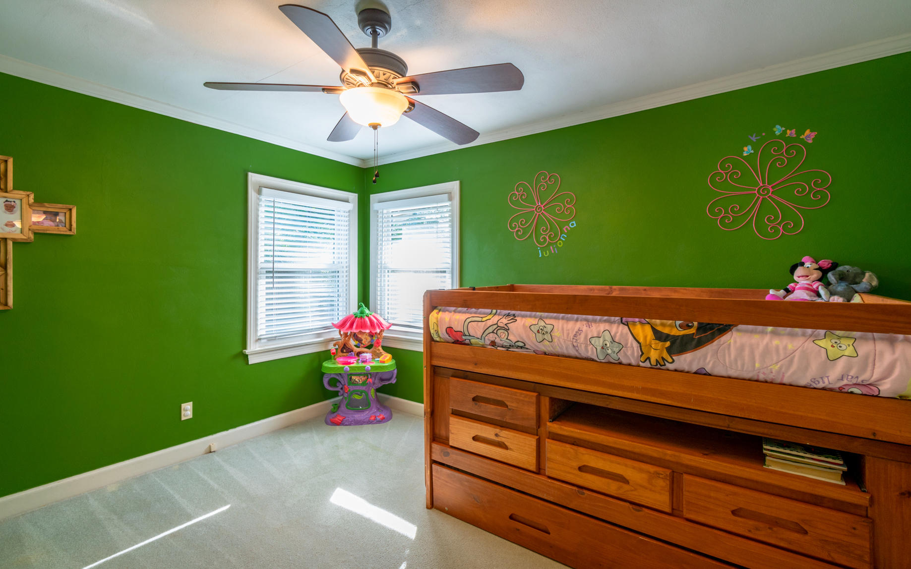 1711 S Seminole Dr, Chattanooga, TN 37412