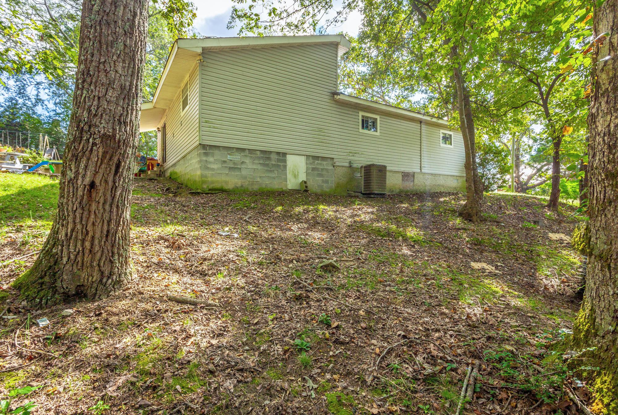 3446 Garretts Chapel Rd, Chickamauga, GA 30707
