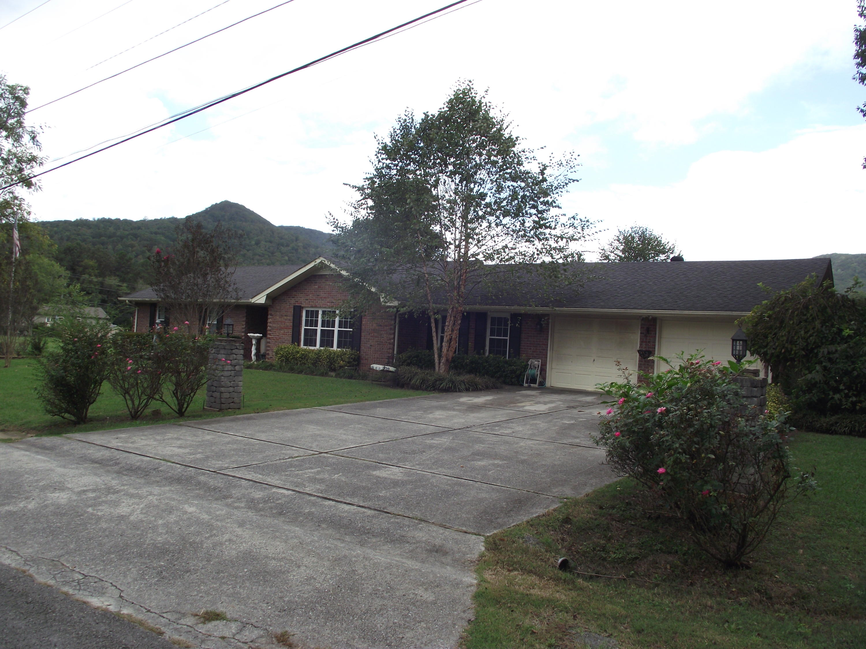 111 Thomas Ave, Jasper, TN 37347