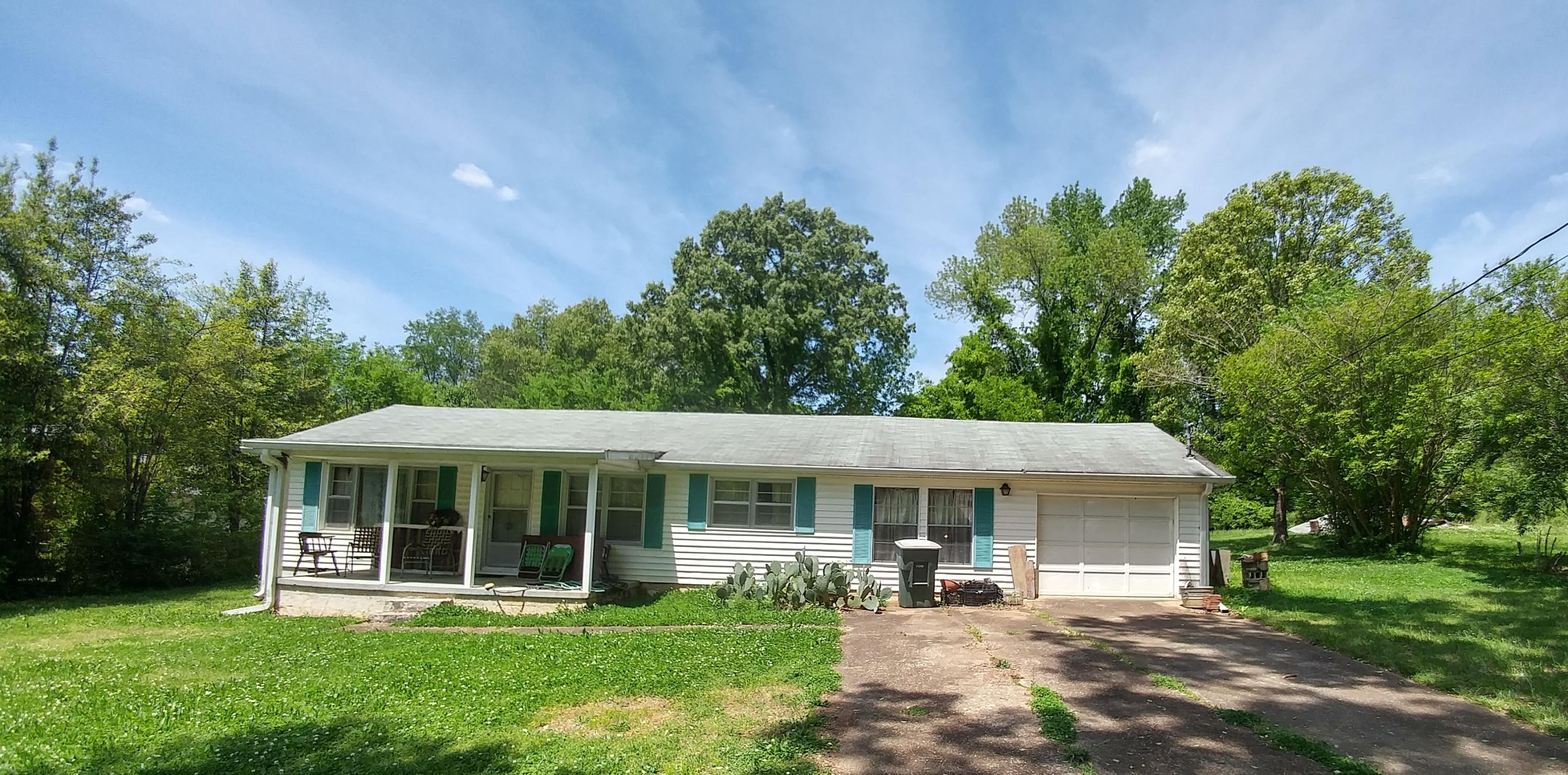 1217 Browns Ferry Rd, Chattanooga, TN 37419