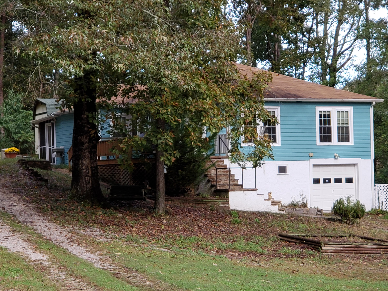 52 Highland Dr, Rossville, GA 30741