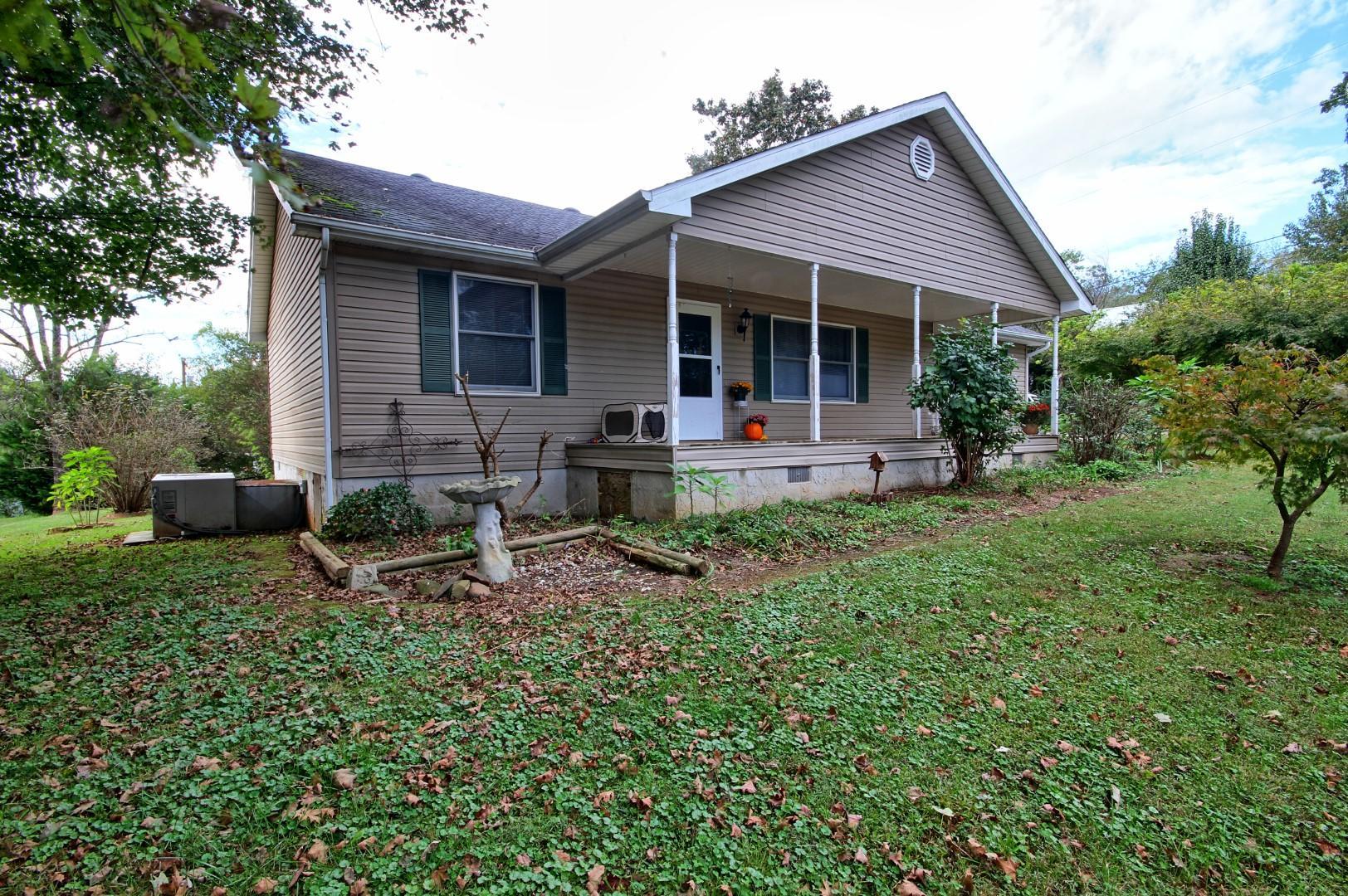 126 Church St, Calhoun, TN 37309