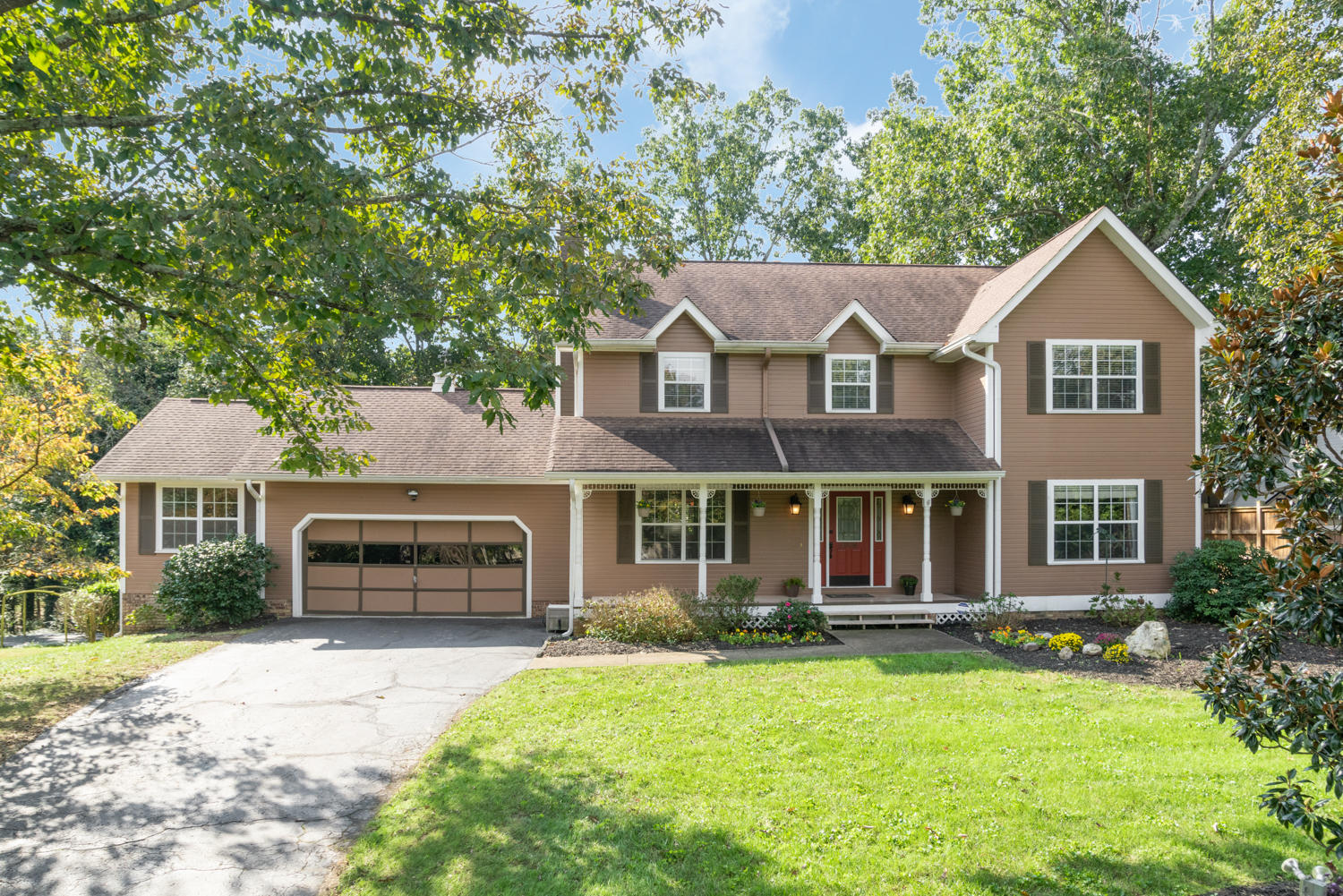9006 Tennga Ln, Chattanooga, TN 37421