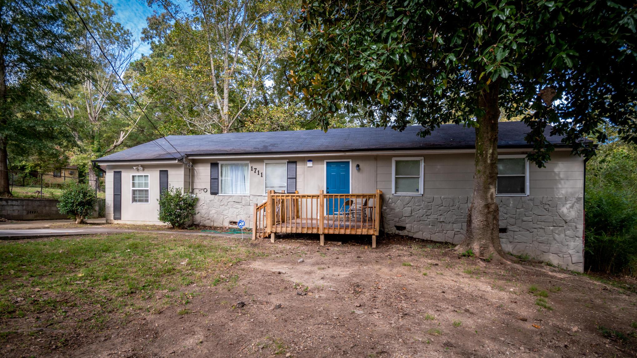 1711 La Hugh St, Chattanooga, TN 37406