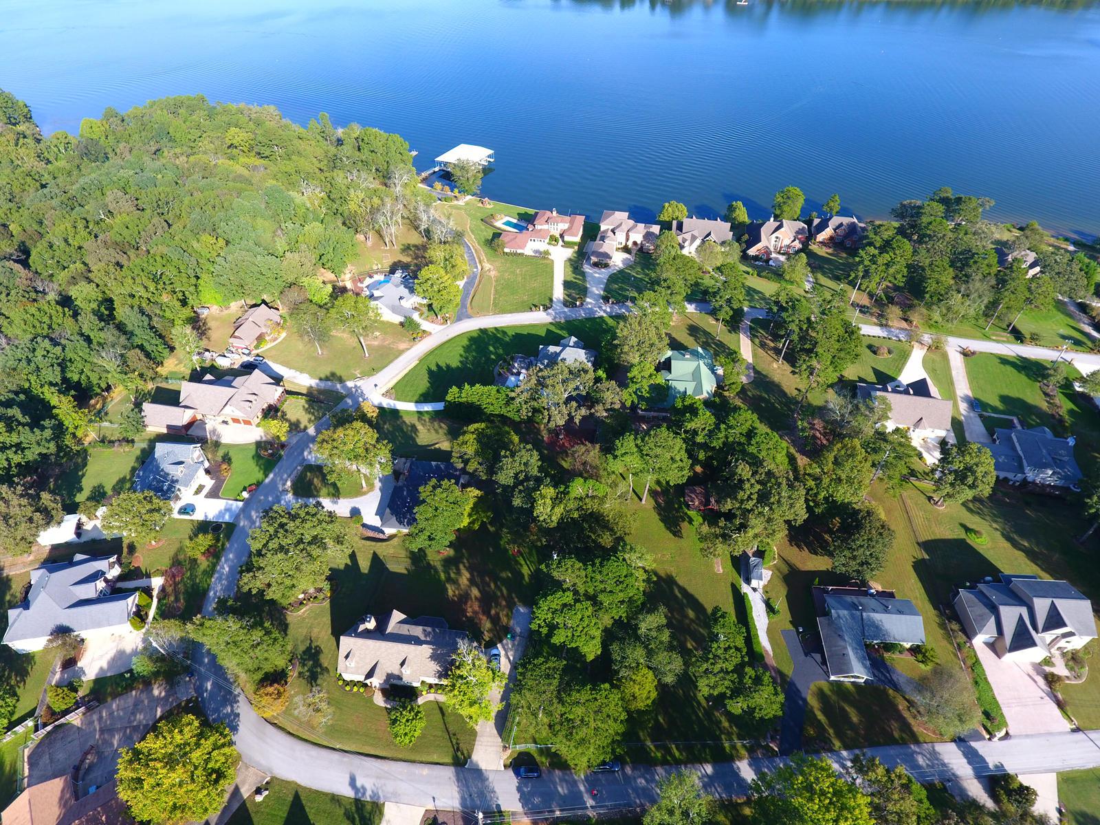 6914 Lakeshore Dr, Chattanooga, TN 37416
