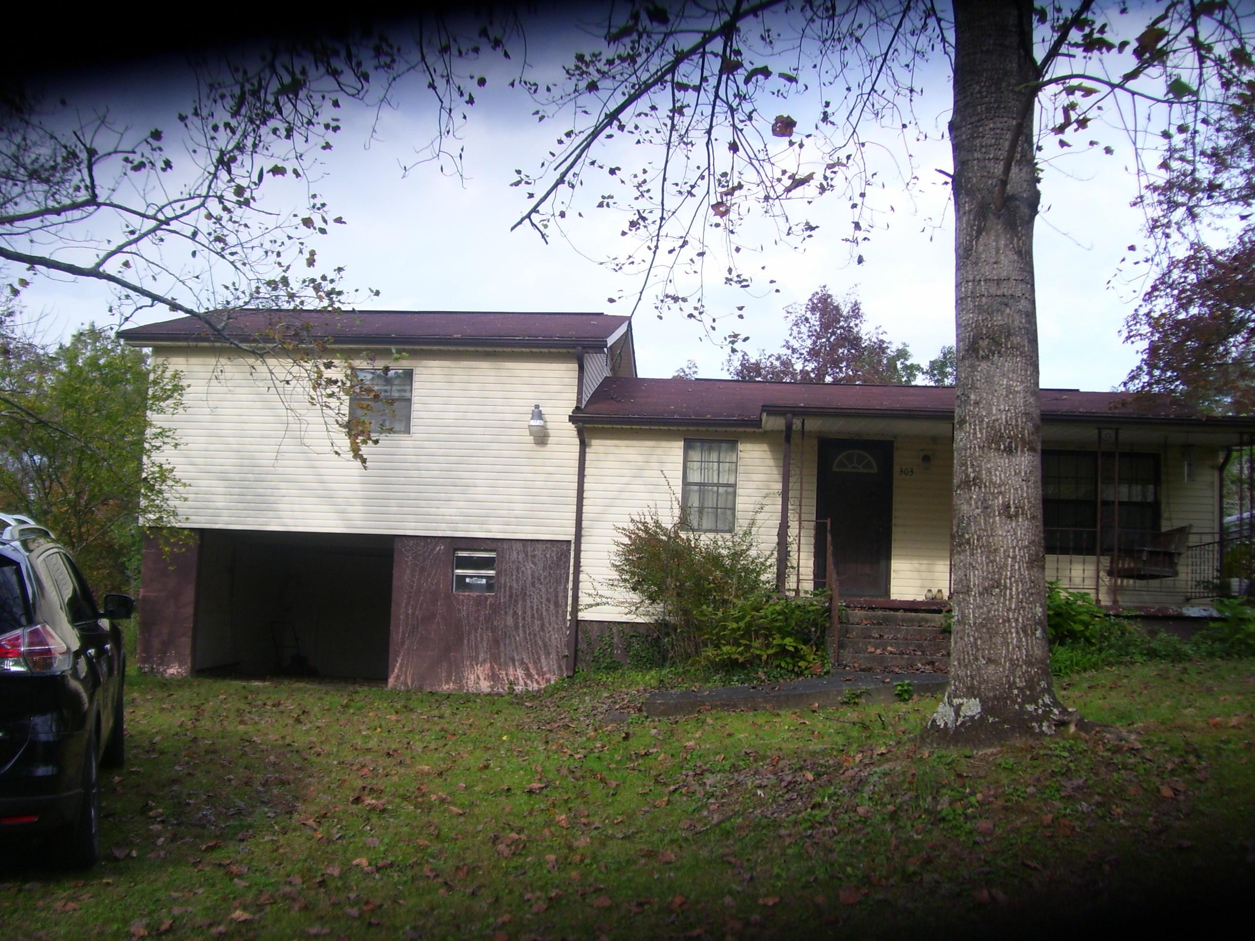 303 N Elm St, Whitwell, TN 37397