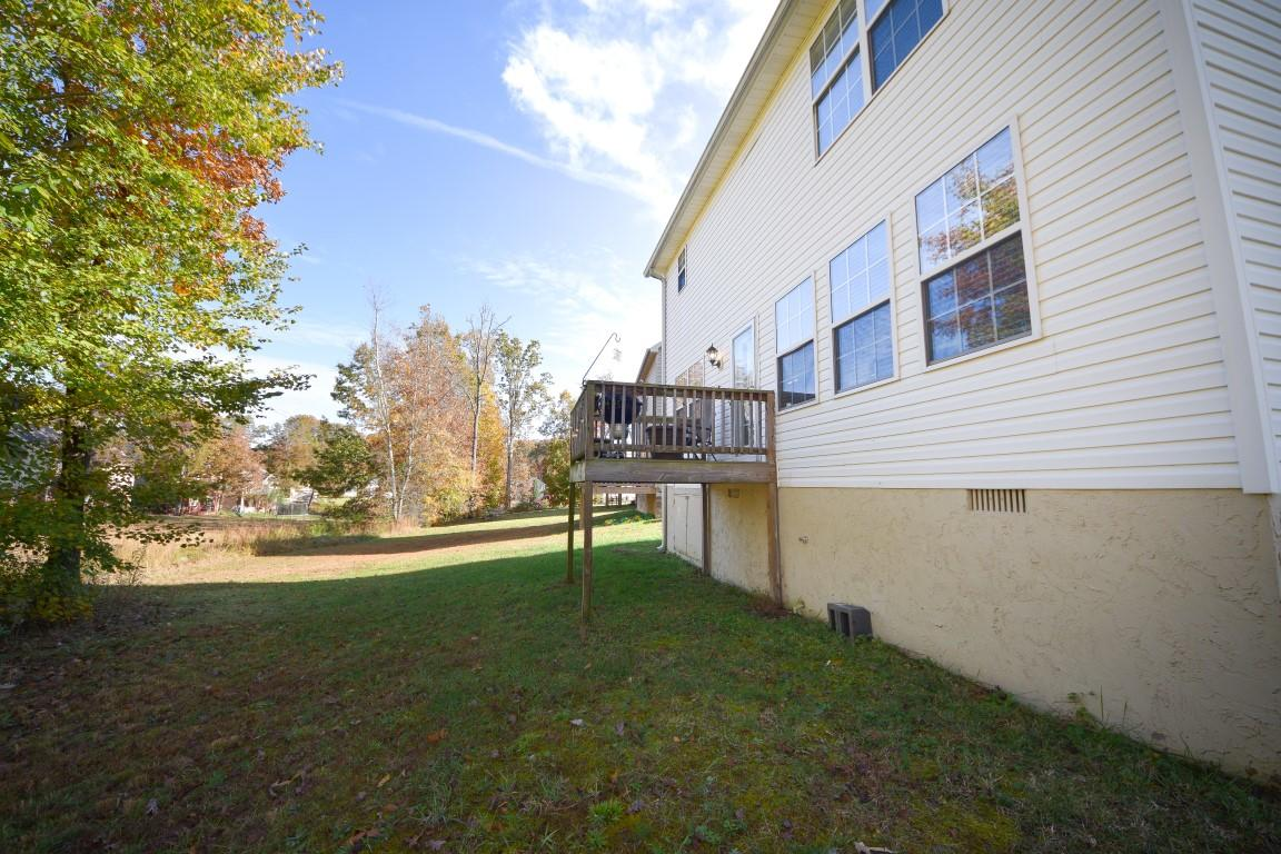 1327 Ne Woodland Cove Pl, Cleveland, TN 37312