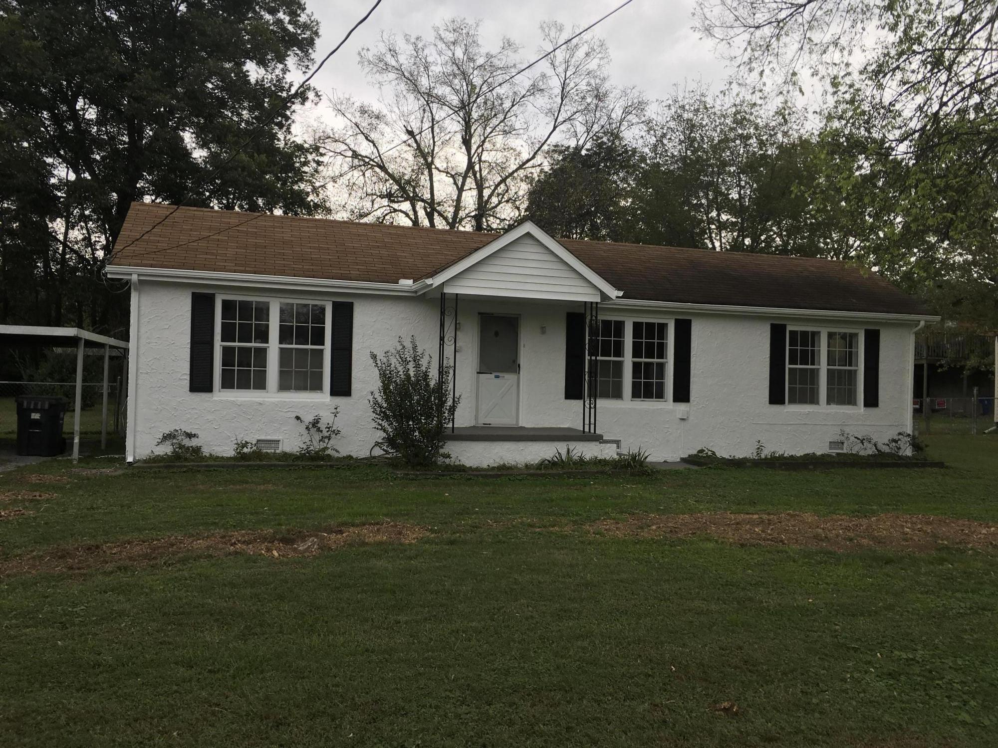 1104 Henderson Ave, Rossville, GA 30741