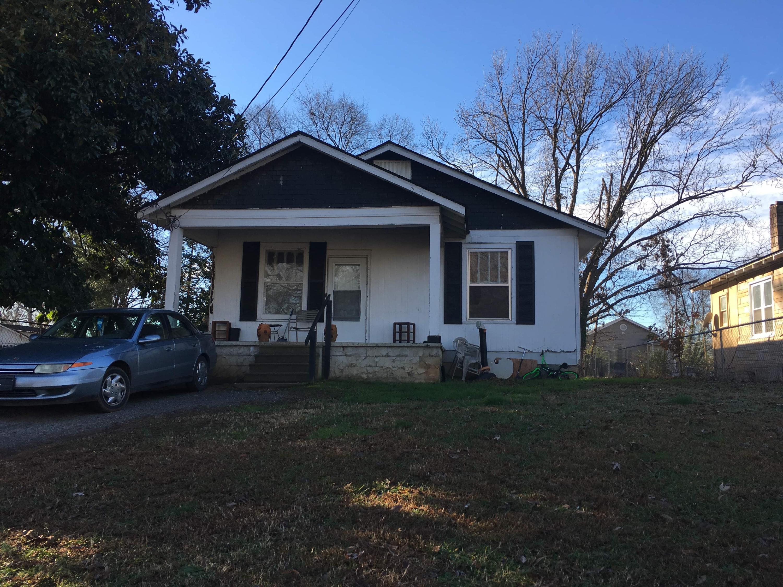 1904 E E 25th St Pl, Chattanooga, TN 37407