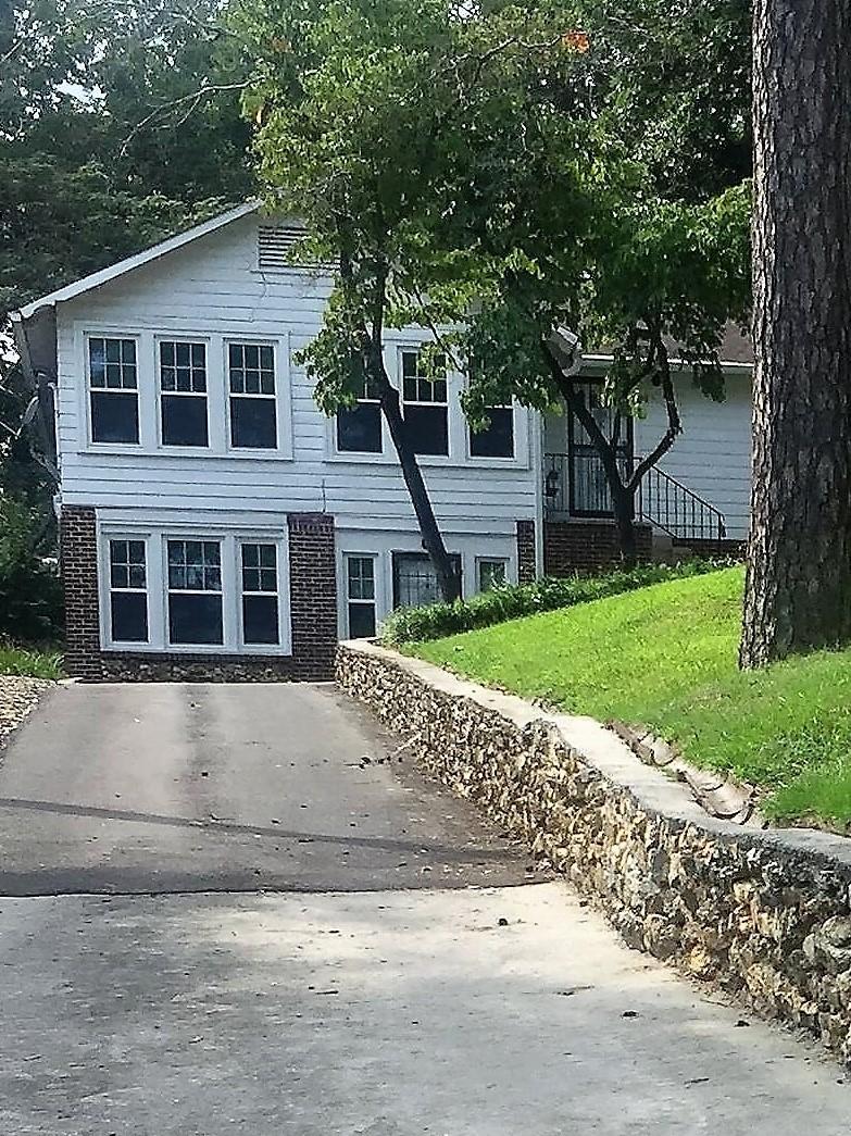101 Woodlawn Dr, Chattanooga, TN 37411