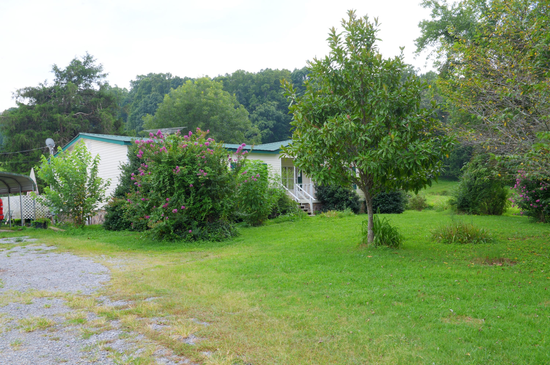 2620 Wolf Creek Rd, Spring City, TN 37381