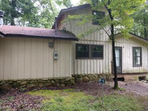 925 Hillyer Dr, Spring City, TN 37381