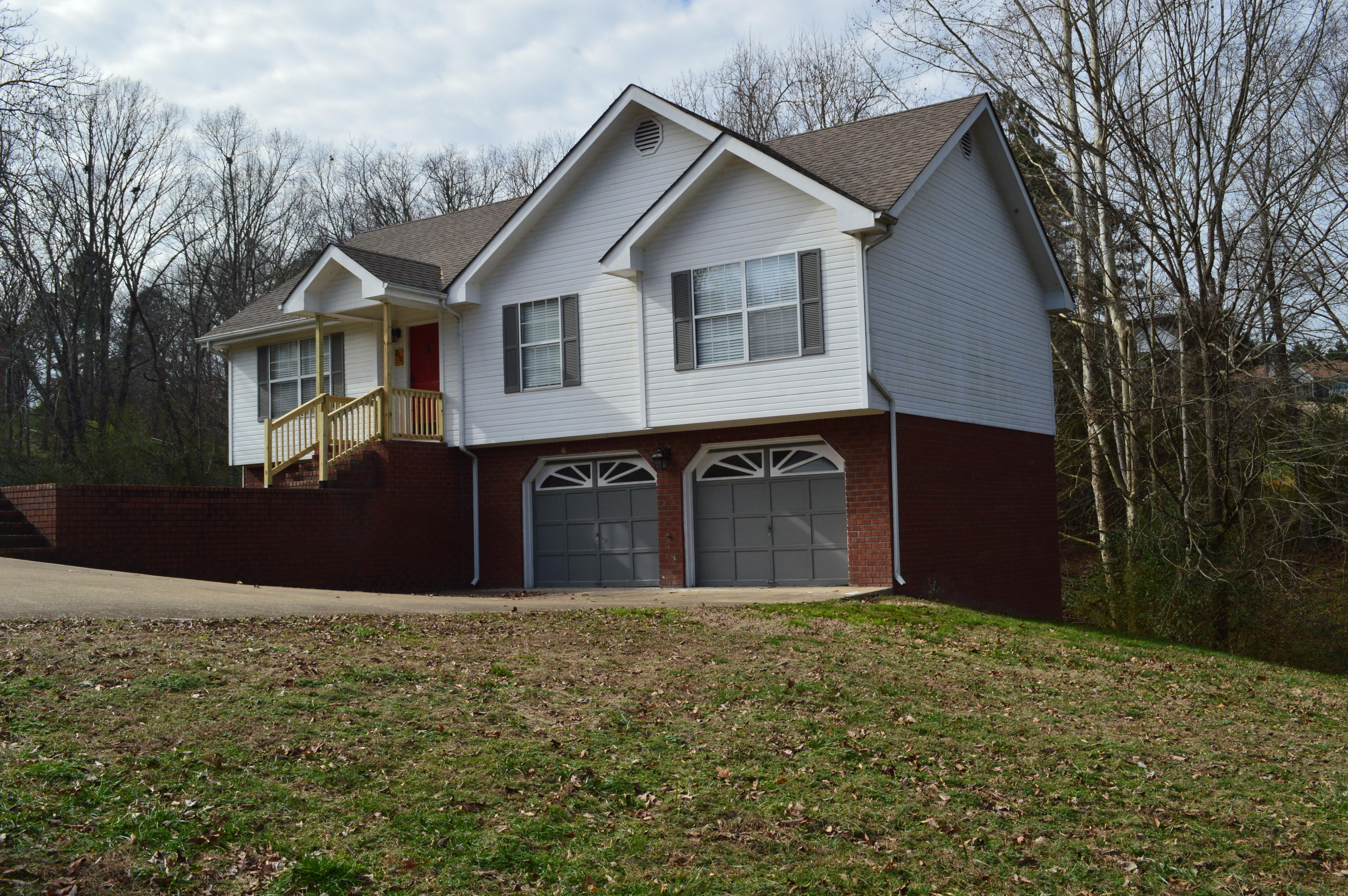 211 Shady Brook Ln, Ringgold, GA 30736