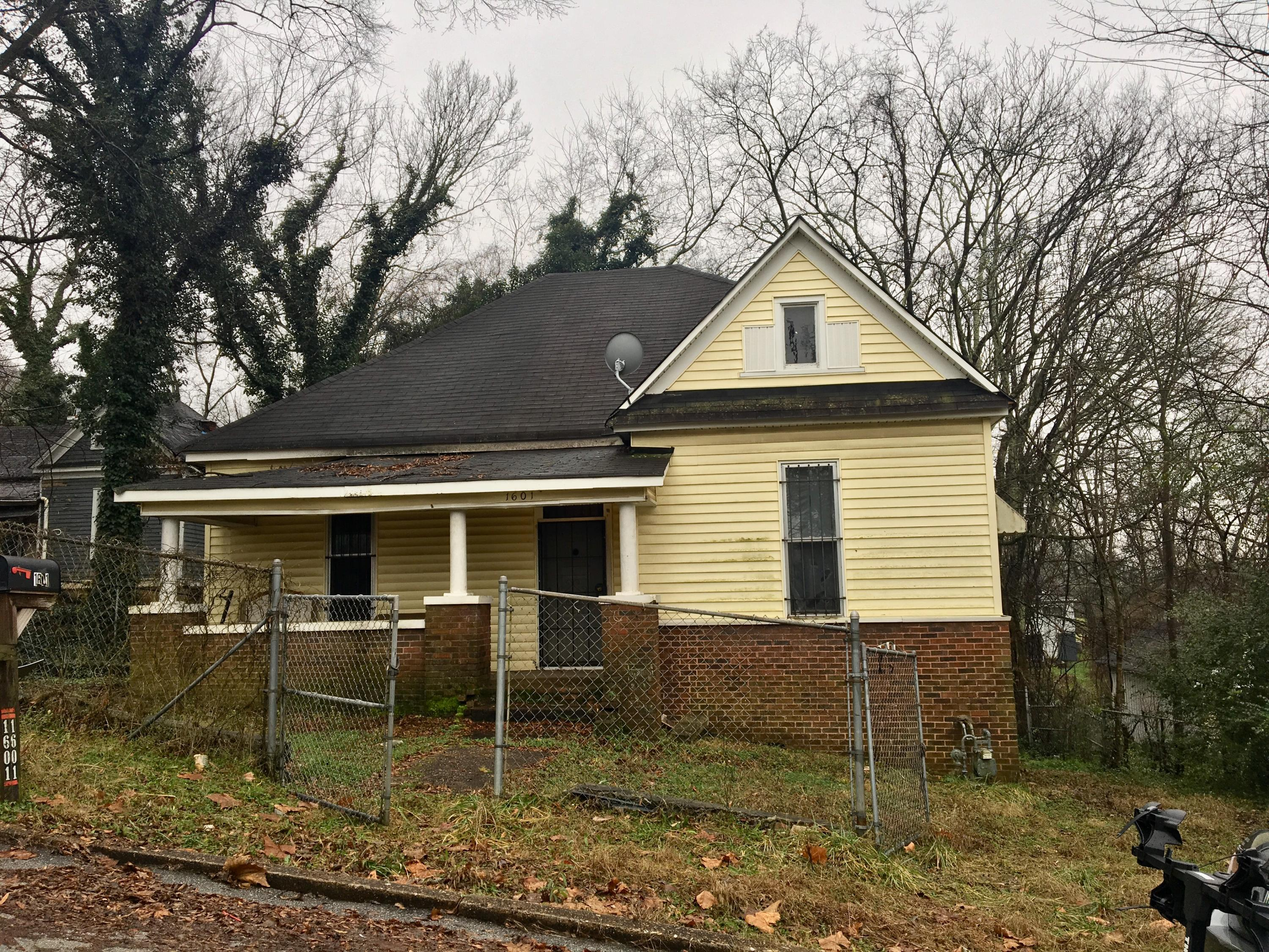 1601 Old Ringgold Rd, Chattanooga, TN 37404