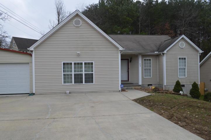 860 Lower Mill Rd, Hixson, TN 37343