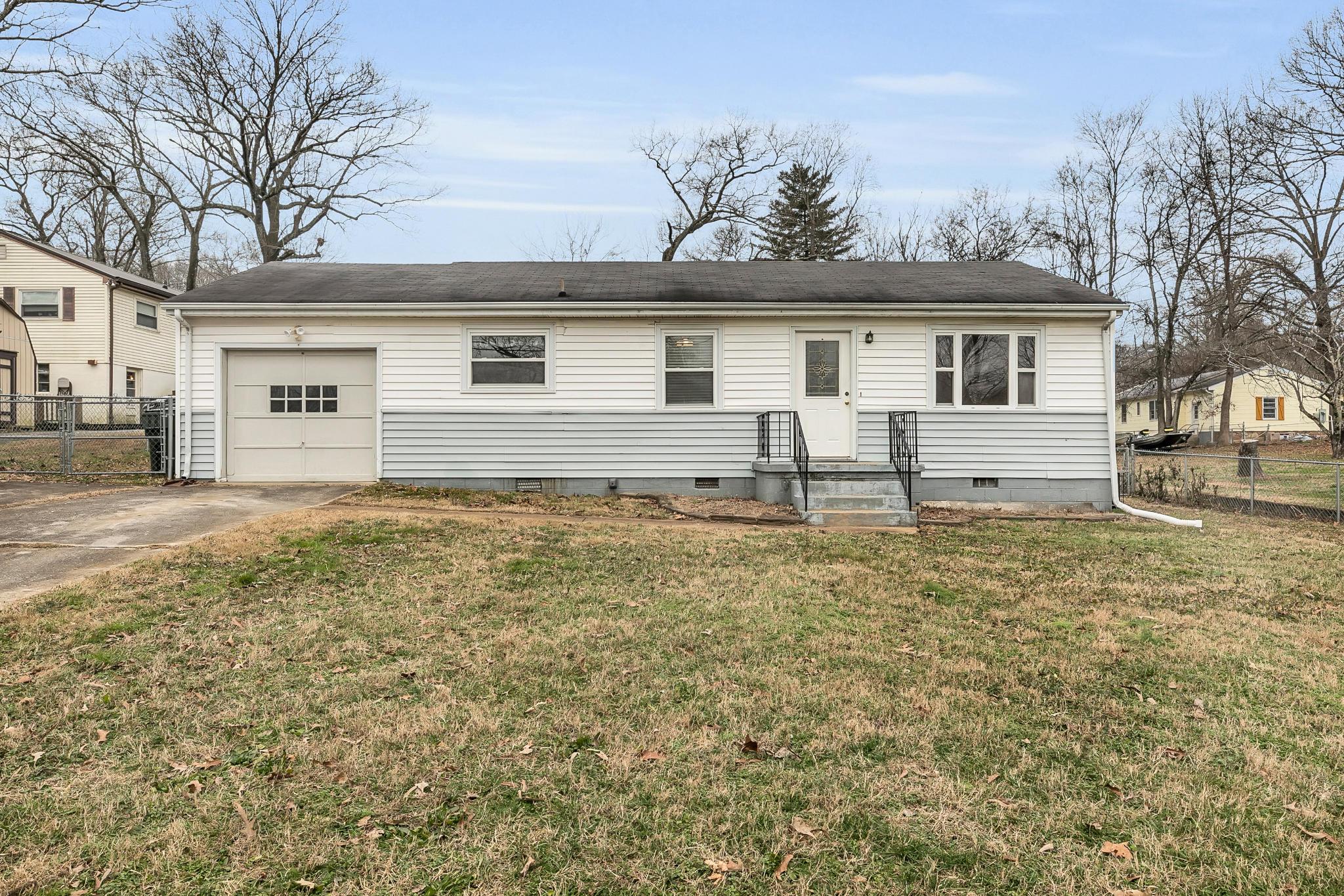 3811 Birmingham Dr, Chattanooga, TN 37415