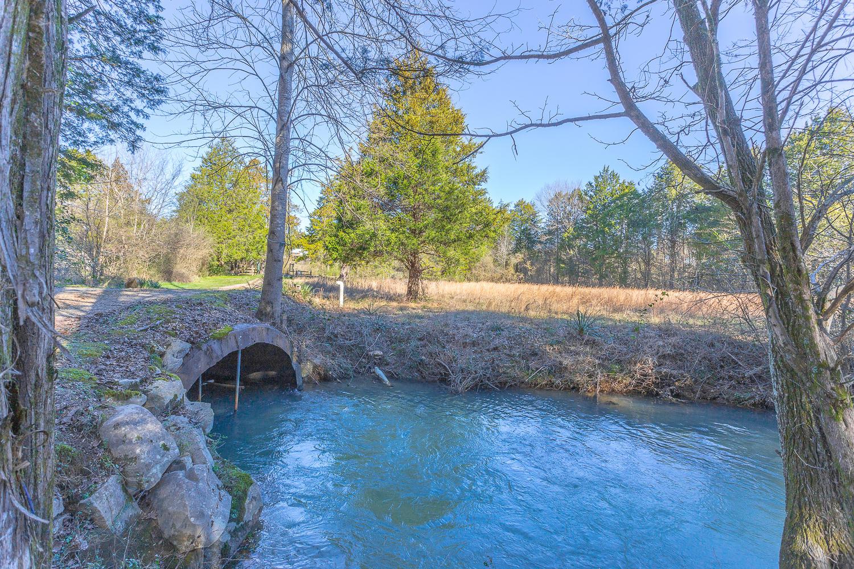 45 S Cedar Ln, Chickamauga, GA 30707