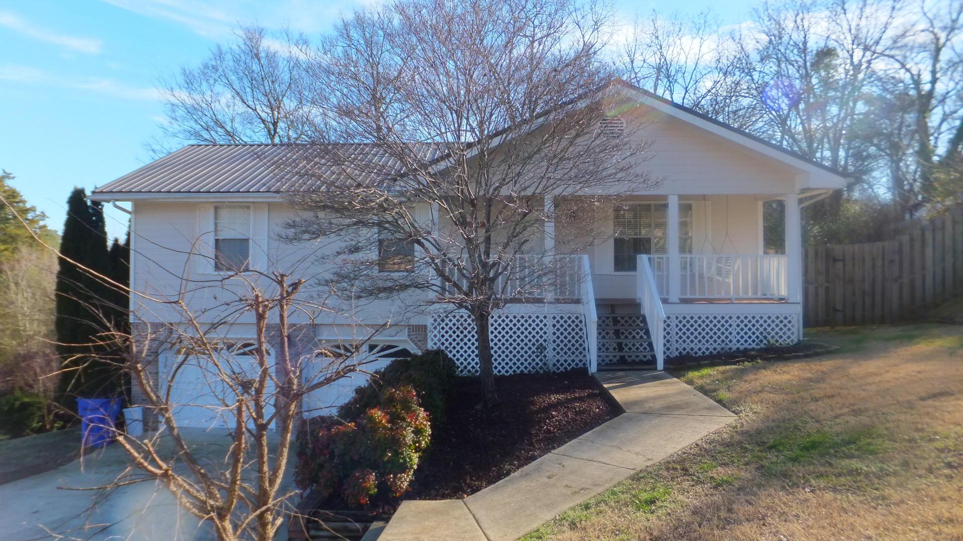 7726 Farmwood Ln, Harrison, TN 37341