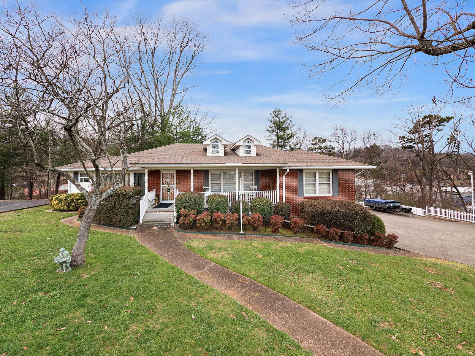 1037 Wynnwood Rd, Chattanooga, TN 37412