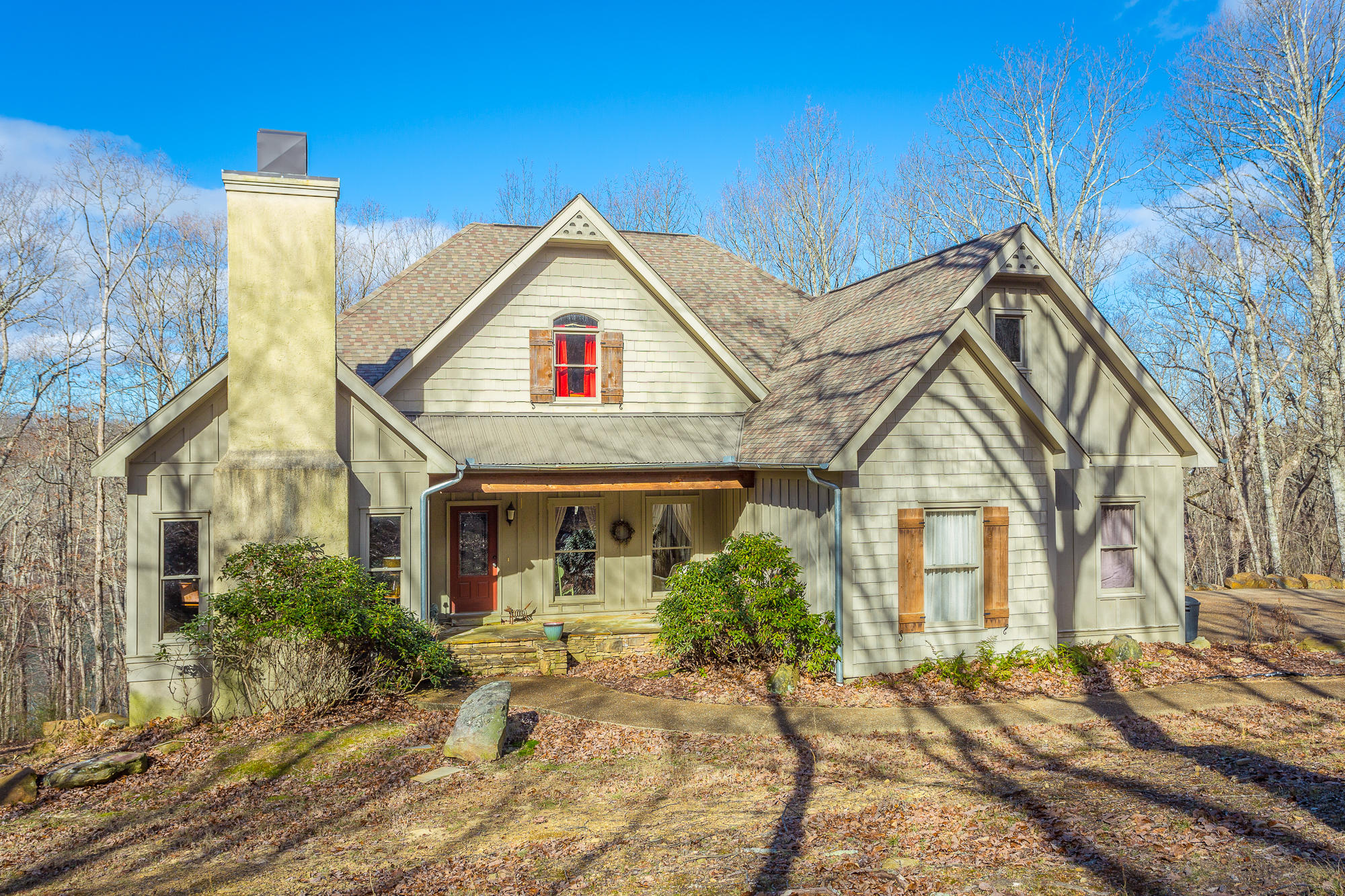 250 Twin Lake Rd, Cloudland, GA 30731